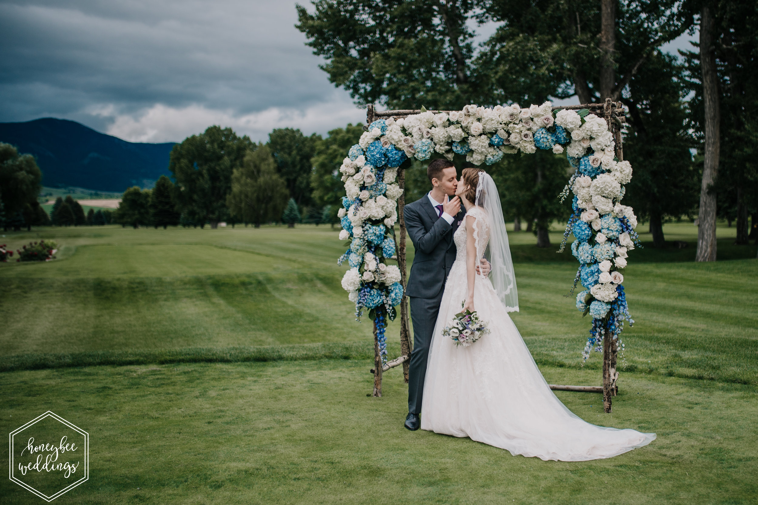 865 Riverside Country Club Wedding_Montana Wedding Photographer_Lauren Jackson + Evan Ivaldi 2018-8340.jpg
