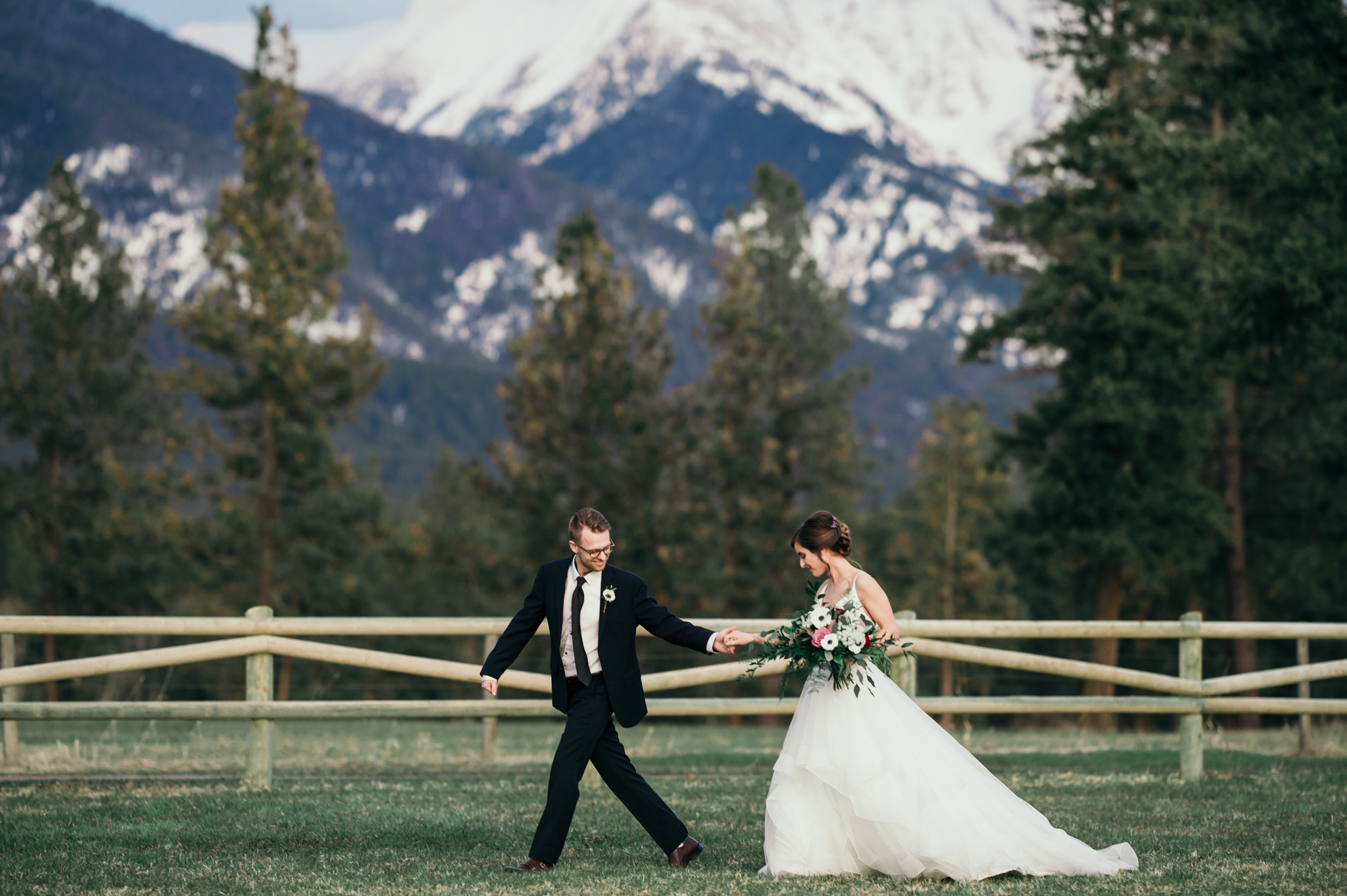 092 Jewel Tone Wedding Styled Shoot_Silver Knot_Montana Wedding Planner_Montana Wedding Photographer_Montana Wedding Videography_Honeybee Weddings-1450.jpg