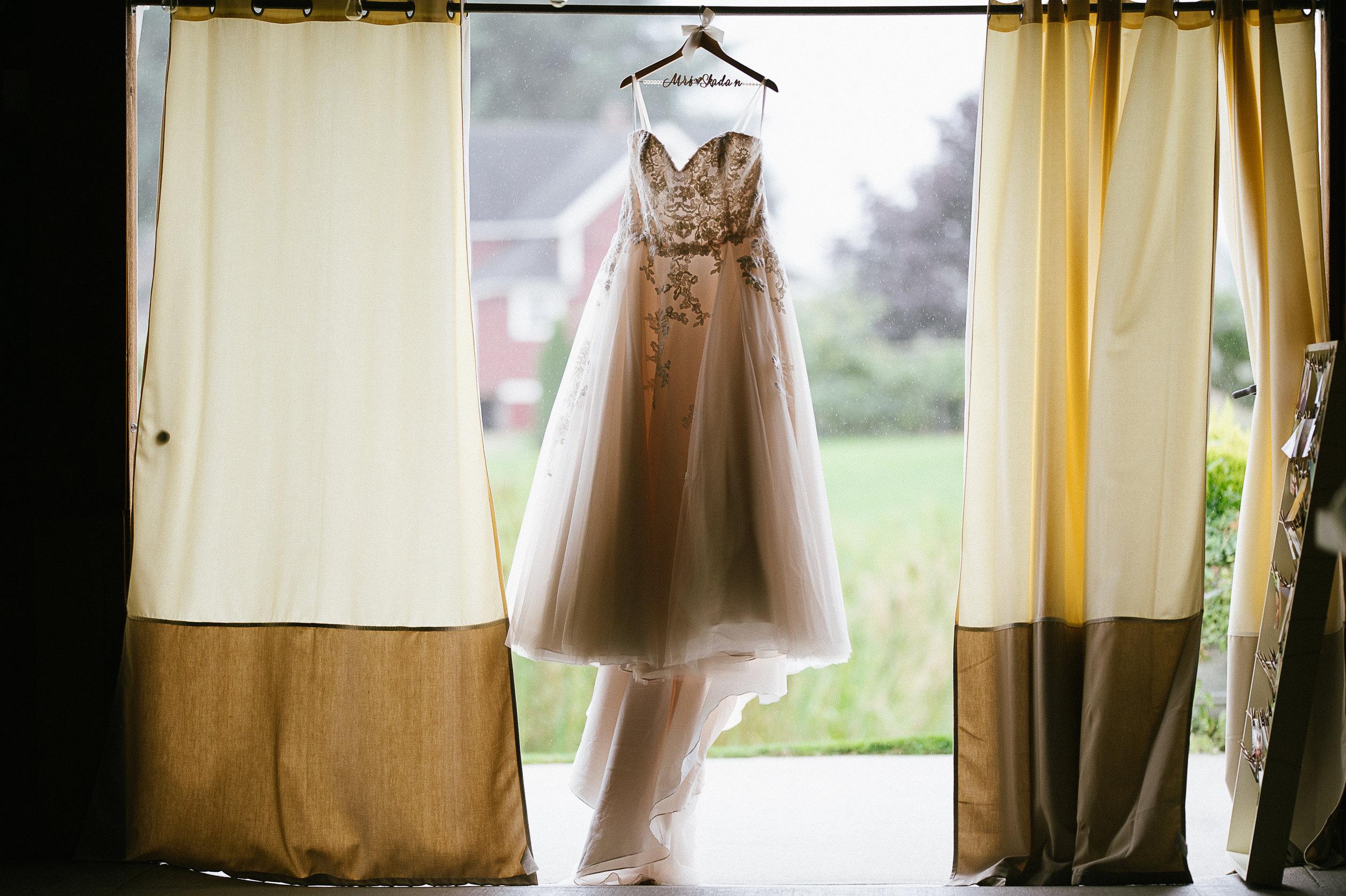 Swan Trail Farm Wedding_Sarah Schurman + Brian Skadan_Snohomish Wedding_Kelsey Lane Photography-5560.jpg
