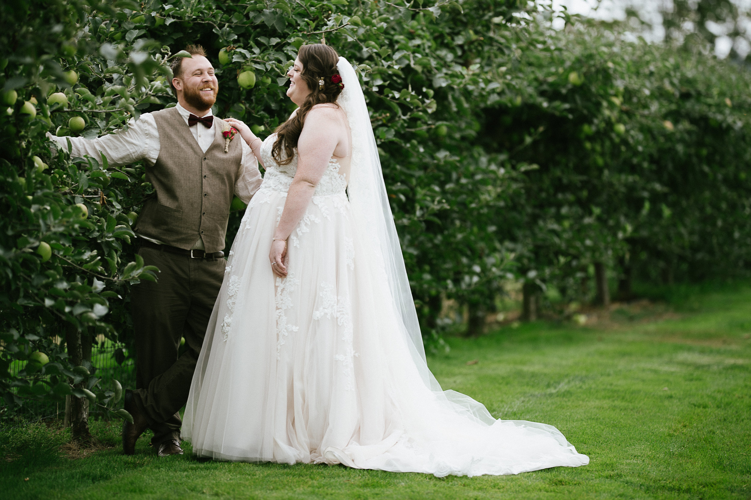 Swan Trail Farm Wedding_Sarah Schurman + Brian Skadan_Snohomish Wedding_Kelsey Lane Photography-5802.jpg