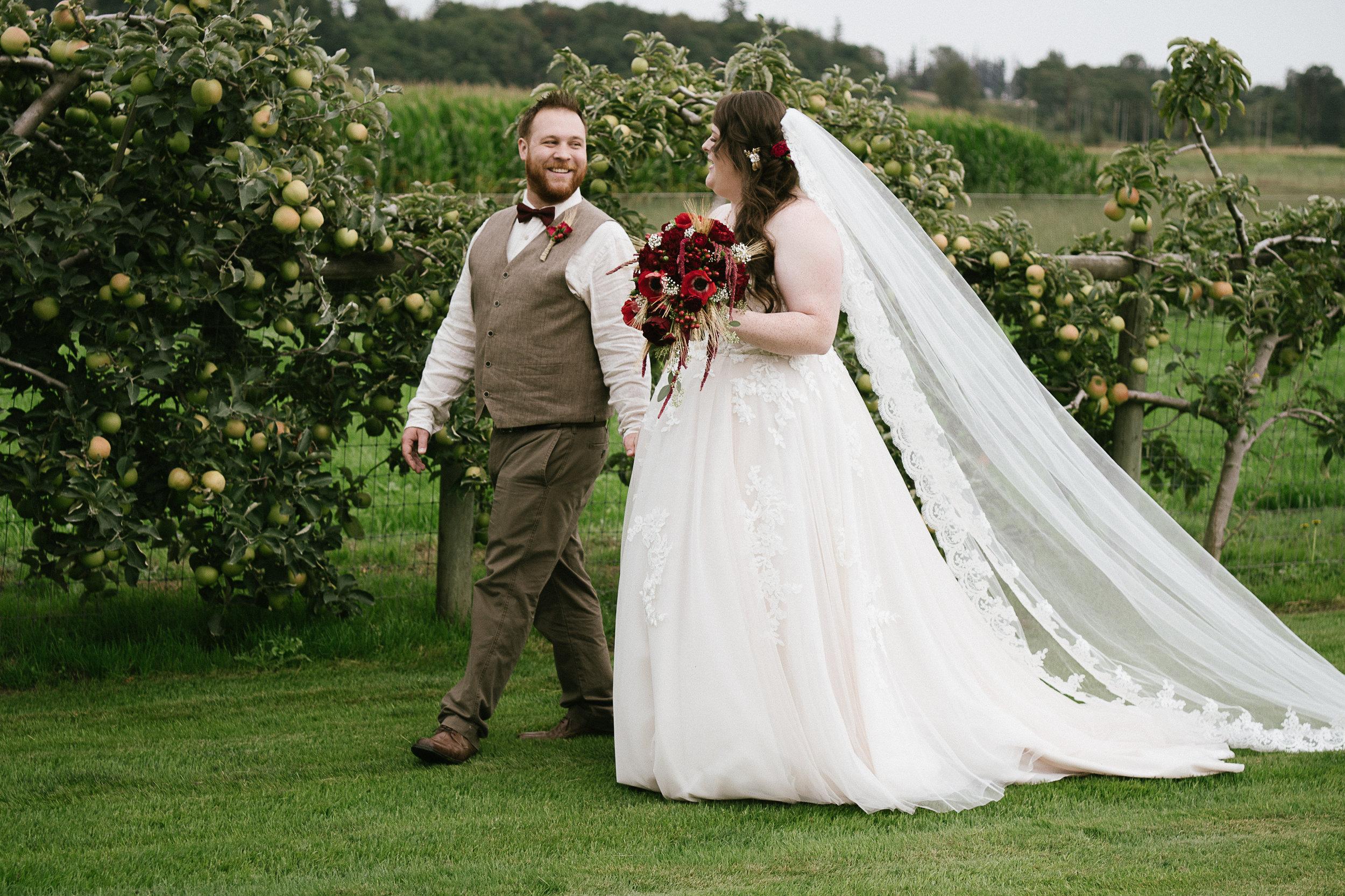 Swan Trail Farm Wedding_Sarah Schurman + Brian Skadan_Snohomish Wedding_Kelsey Lane Photography-6271-2.jpg
