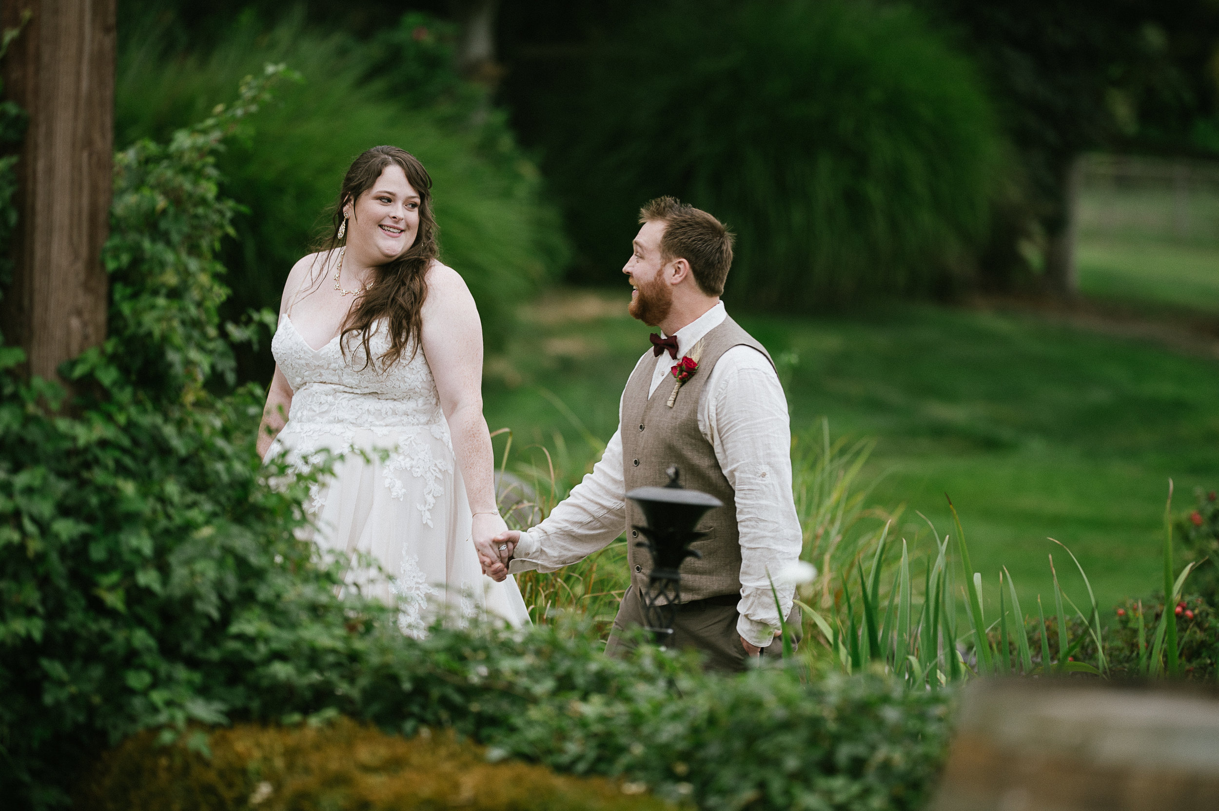 Swan Trail Farm Wedding_Sarah Schurman + Brian Skadan_Snohomish Wedding_Kelsey Lane Photography-6252.jpg