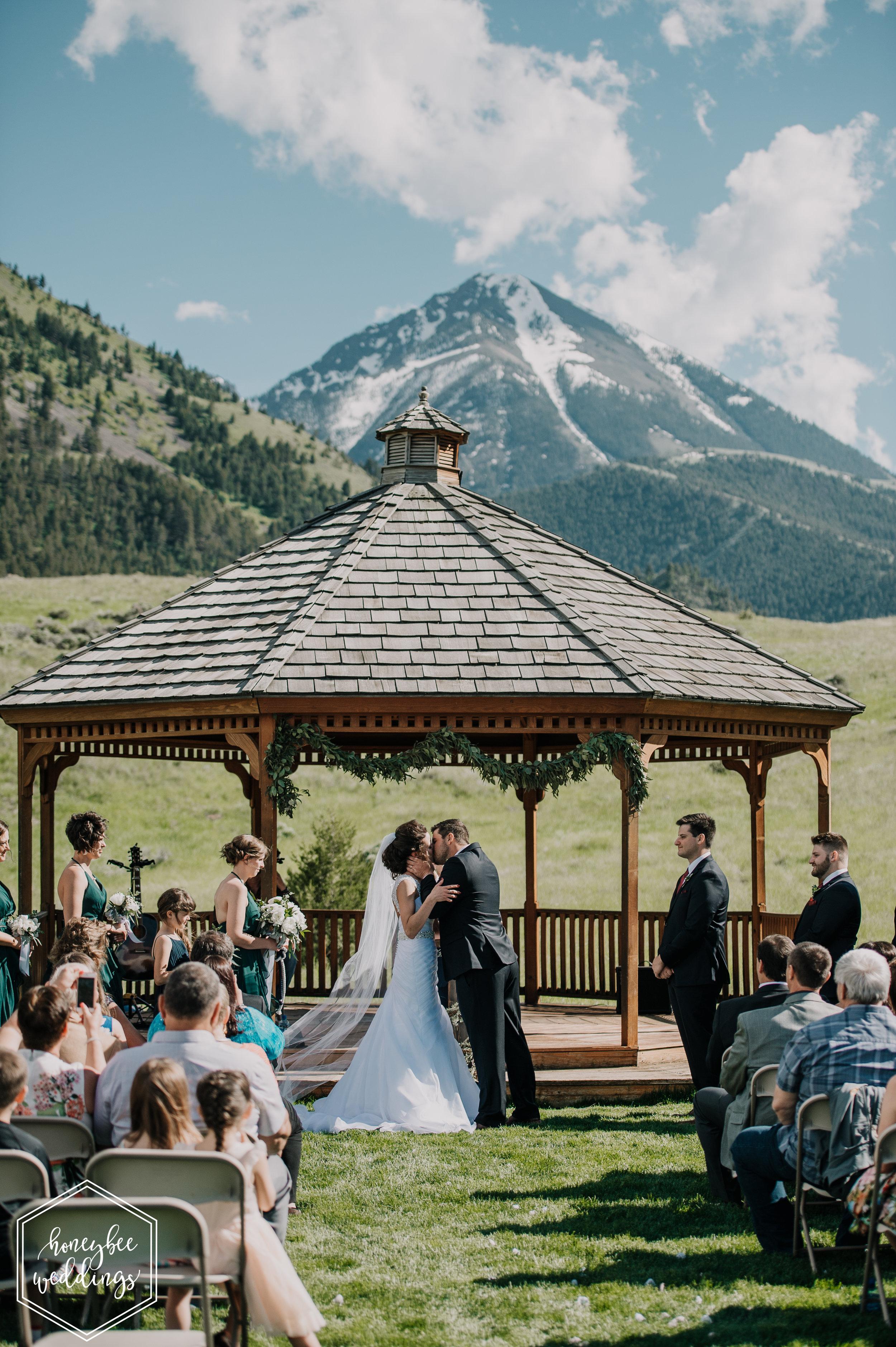 109 Chico Hotsprings Wedding_Bowdino 2018-3605-2.jpg