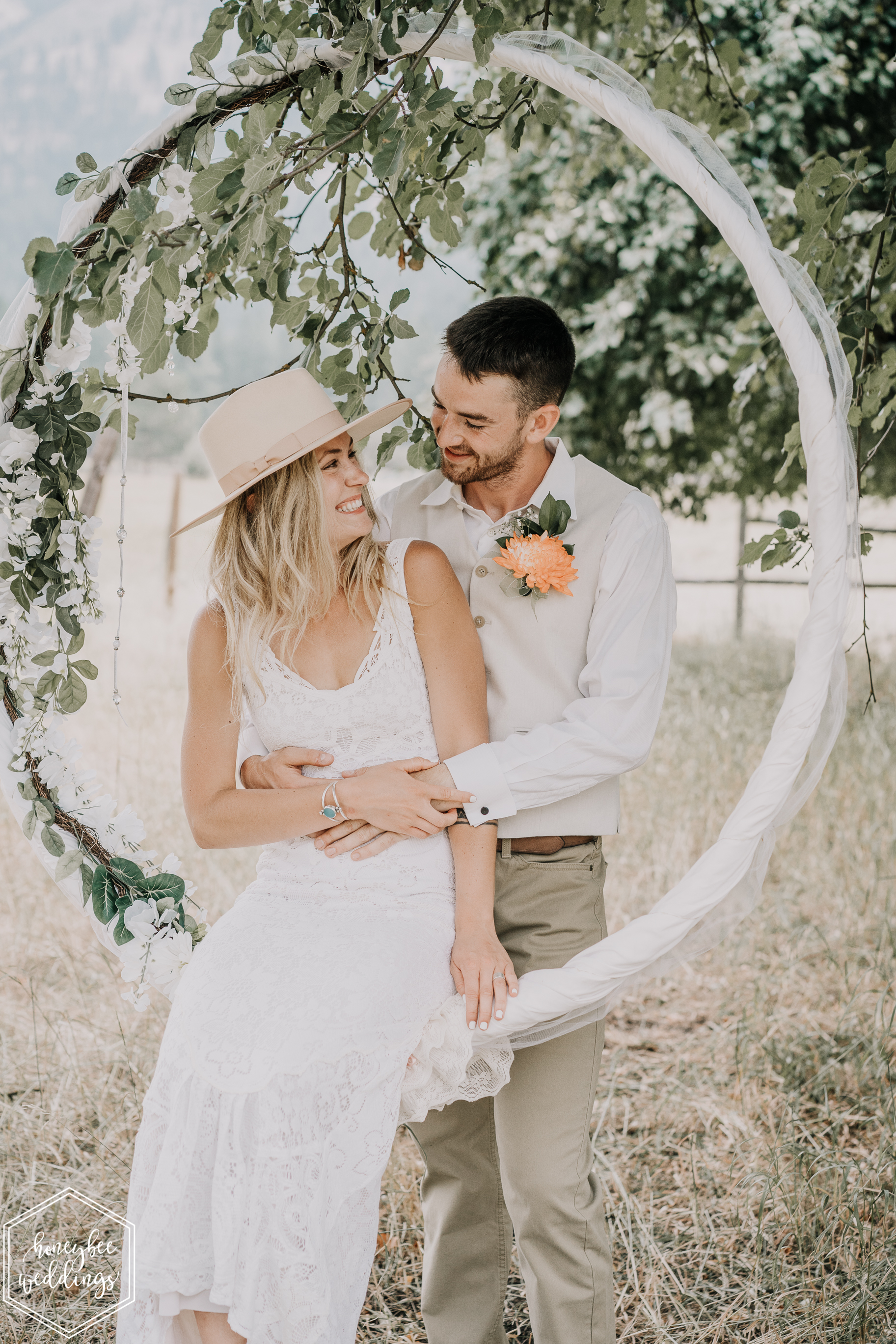 0136Alberton Wedding_Montana Wedding Photographer_Anneliesa Bashaw + Wyatt Zeylawy_August 11, 2018-300.jpg