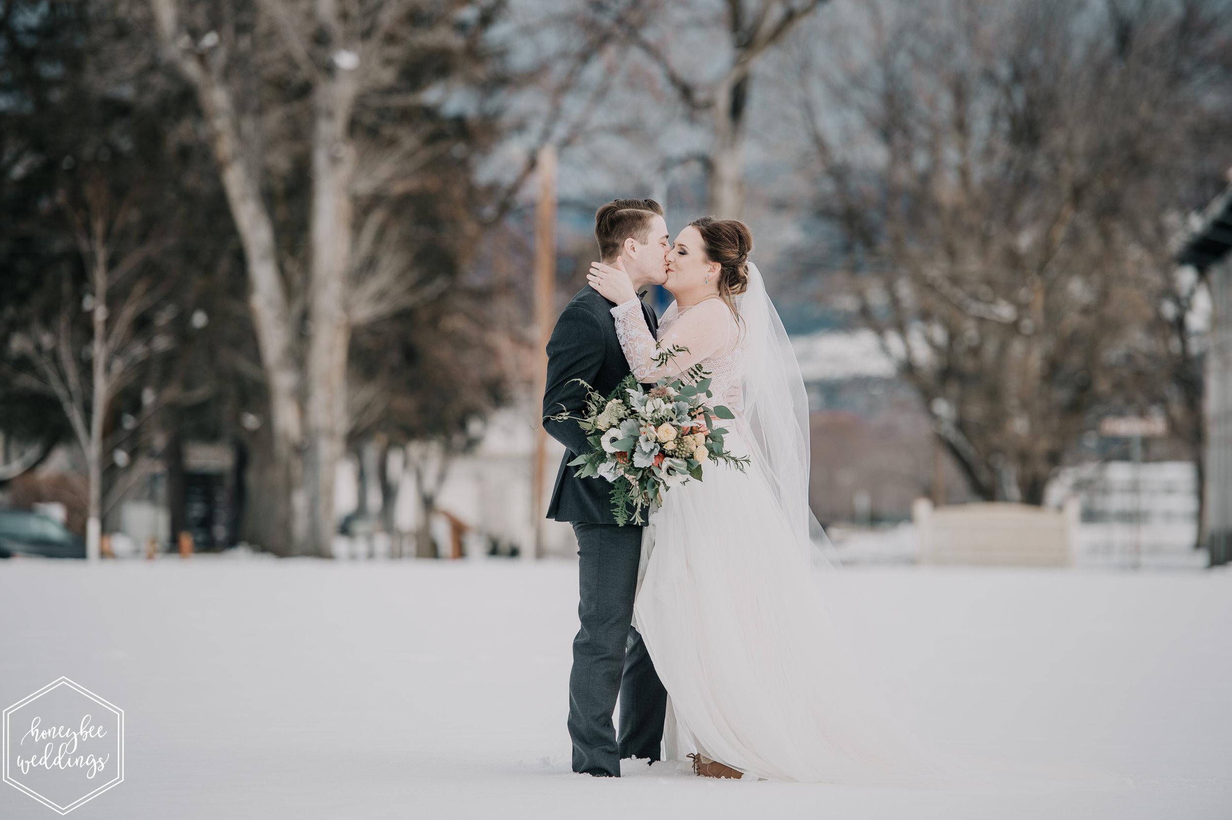 0105Montana Wedding Photographer_Montana winter wedding_Wedding at Fort Missoula_Meri & Carter_January 19, 2019-235.jpg