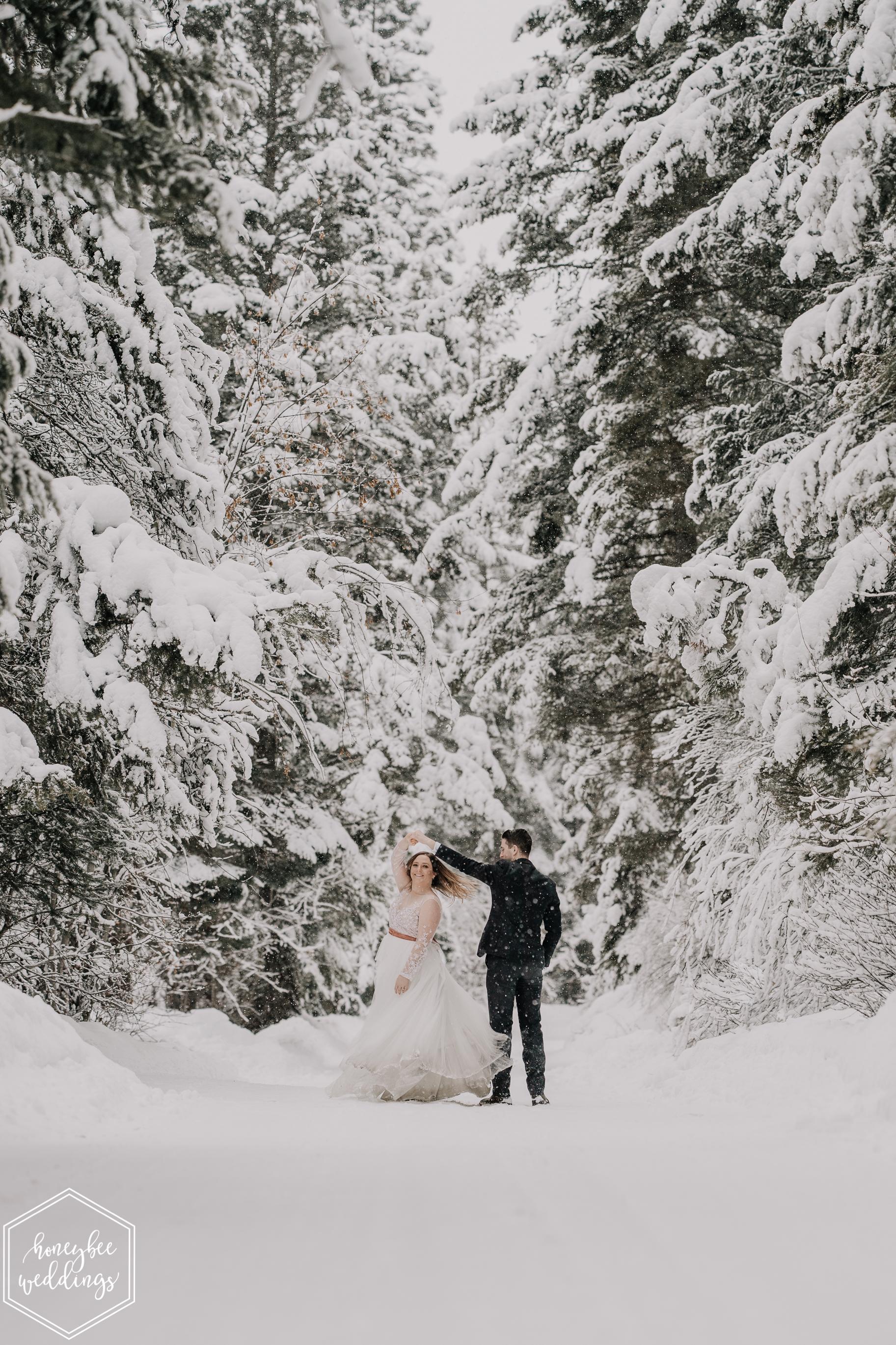 0386Montana Wedding Photographer_Missoula Winter Wedding_Wedding at Fort Missoula_Meri & Carter_January 21, 2019-168.jpg