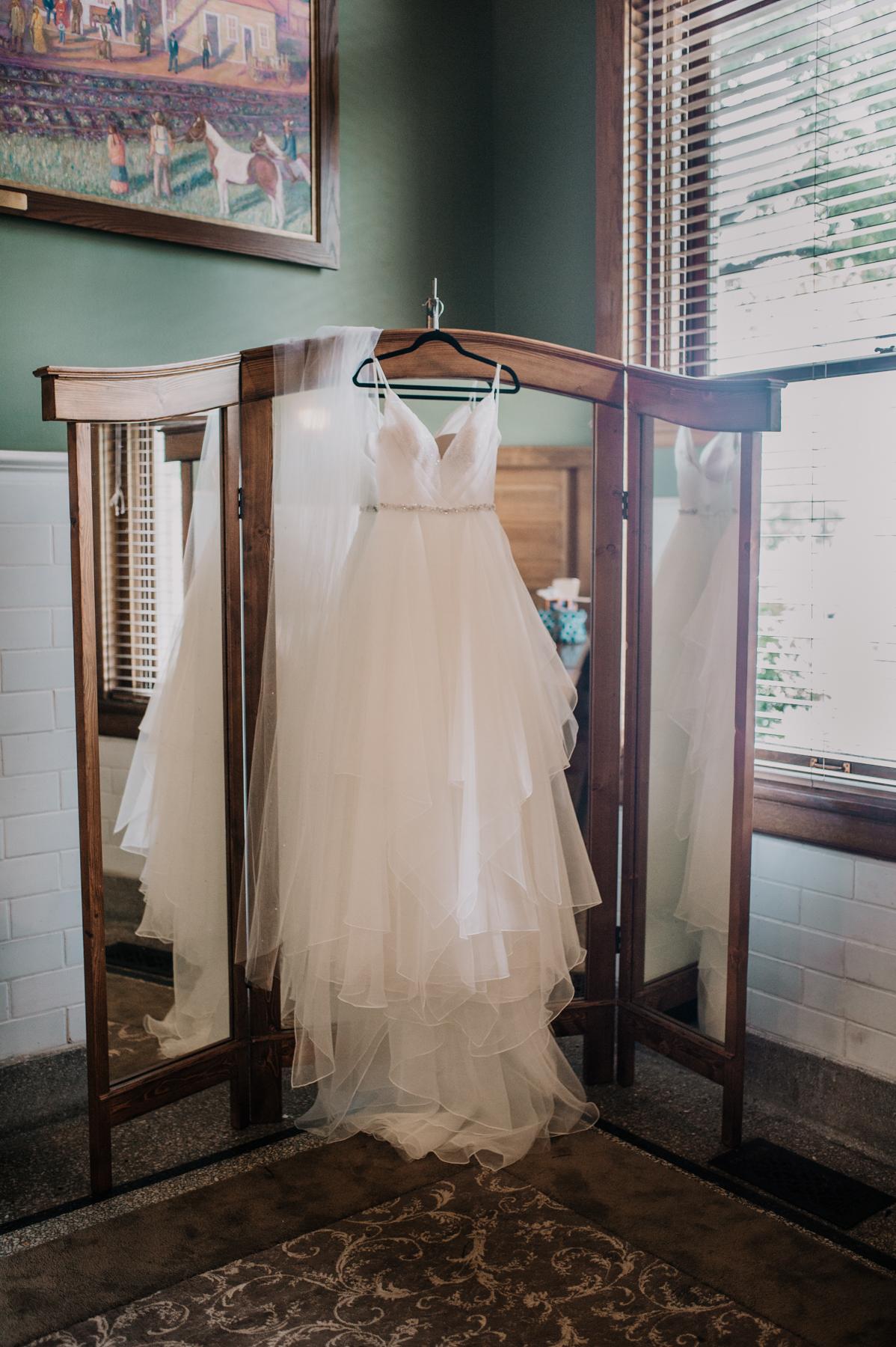 0111Billings Depot Wedding_Montana Wedding Photographer_Stephanie & Dane Aberle_July 14, 2018-395.jpg