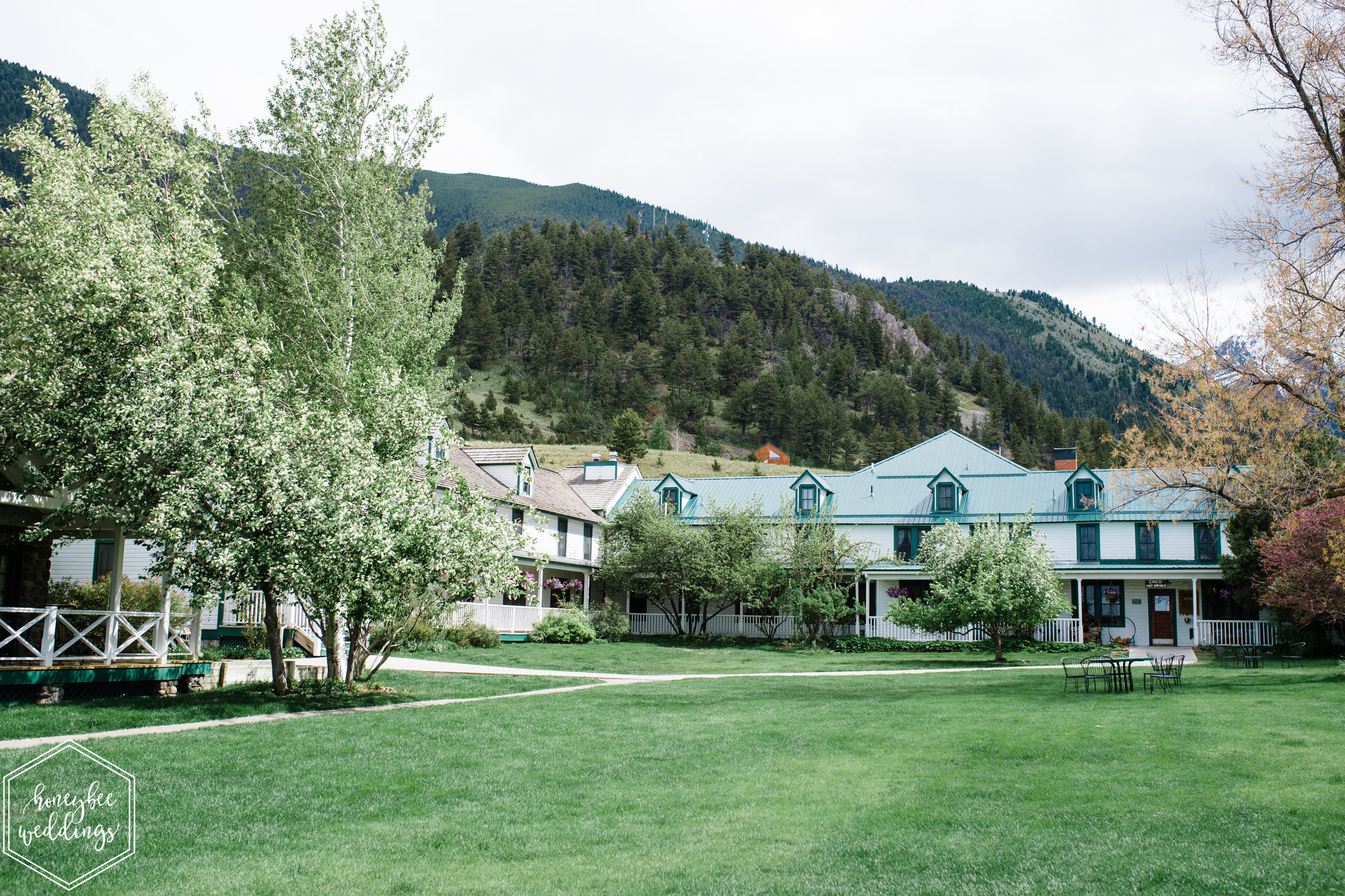 003Montana wedding photographer videographer_Chico hot springs wedding_Honeybee Weddings_Claudia & Bill_June 03, 2019-28.jpg