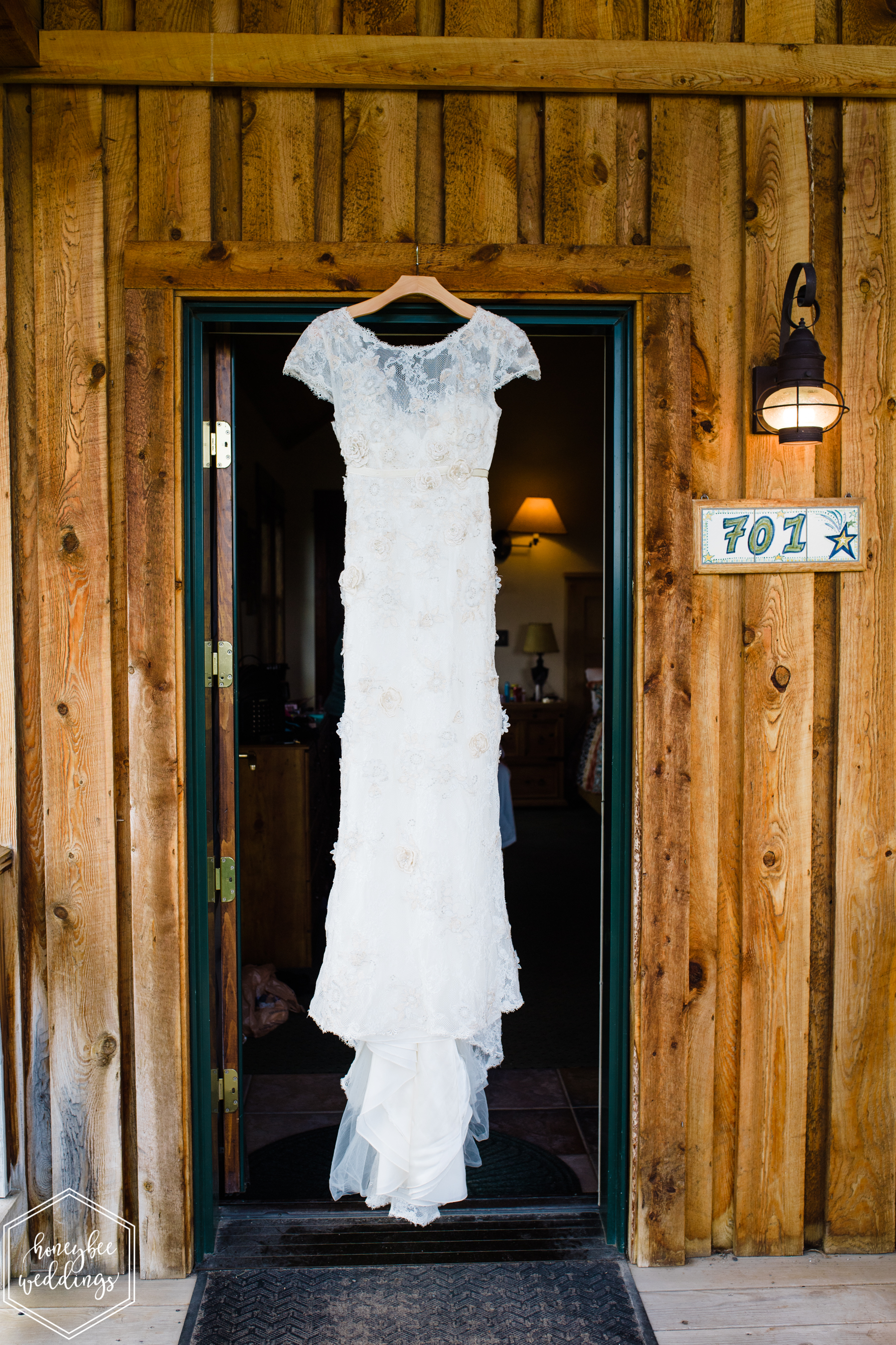 004Montana wedding photographer videographer_Chico hot springs wedding_Honeybee Weddings_Claudia & Bill_June 03, 2019-31.jpg
