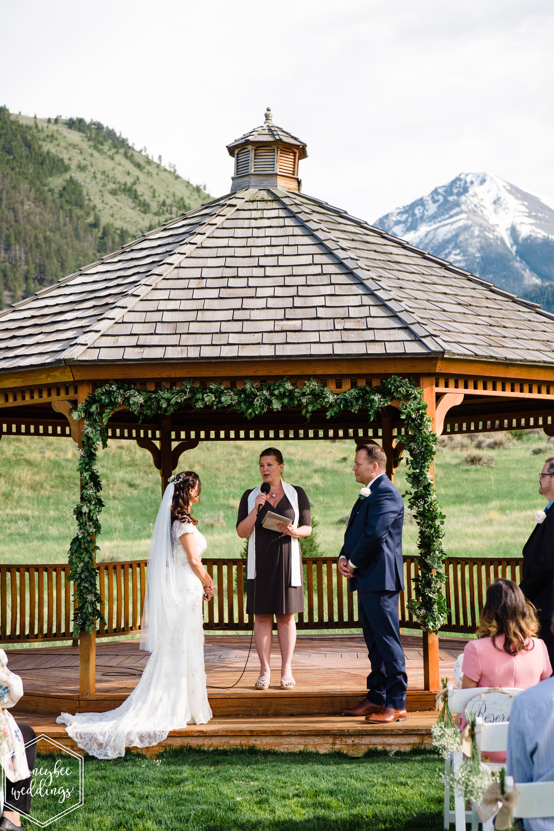 007Montana wedding photographer videographer_Chico hot springs wedding_Honeybee Weddings_Claudia & Bill_June 03, 2019-125.jpg
