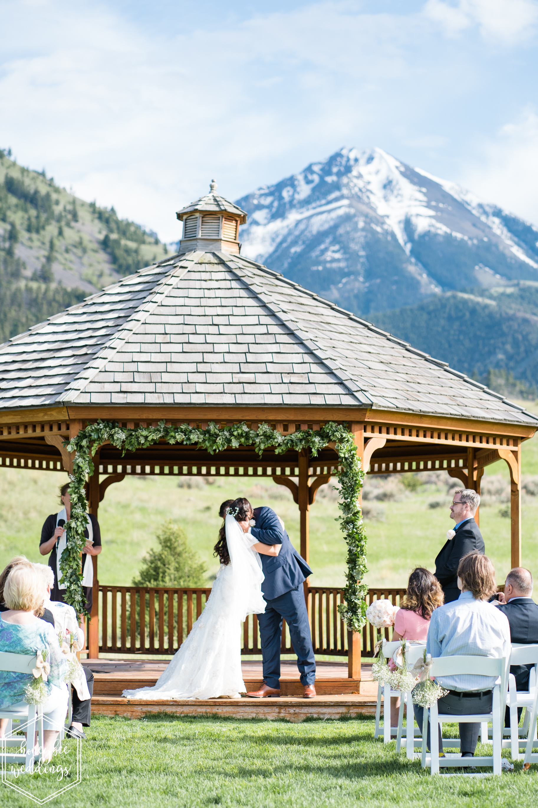 035Montana wedding photographer videographer_Chico hot springs wedding_Honeybee Weddings_Claudia & Bill_June 03, 2019-32.jpg