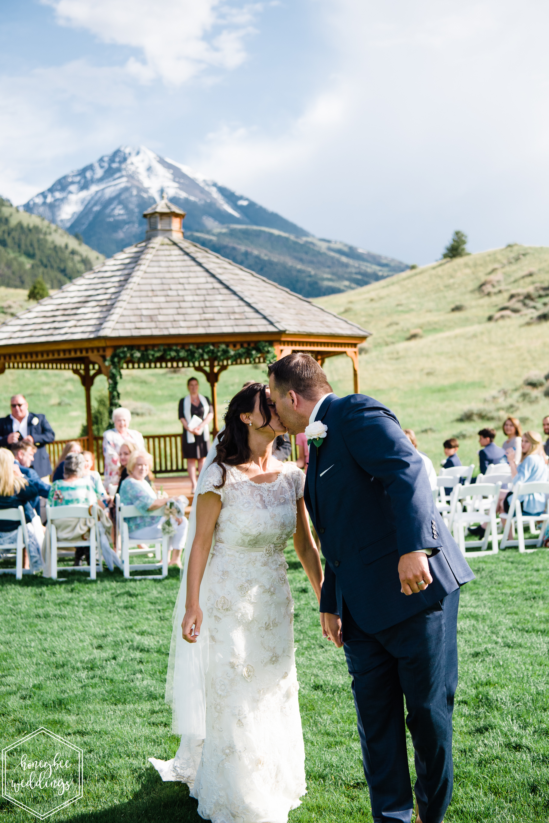 012Montana wedding photographer videographer_Chico hot springs wedding_Honeybee Weddings_Claudia & Bill_June 03, 2019-193.jpg