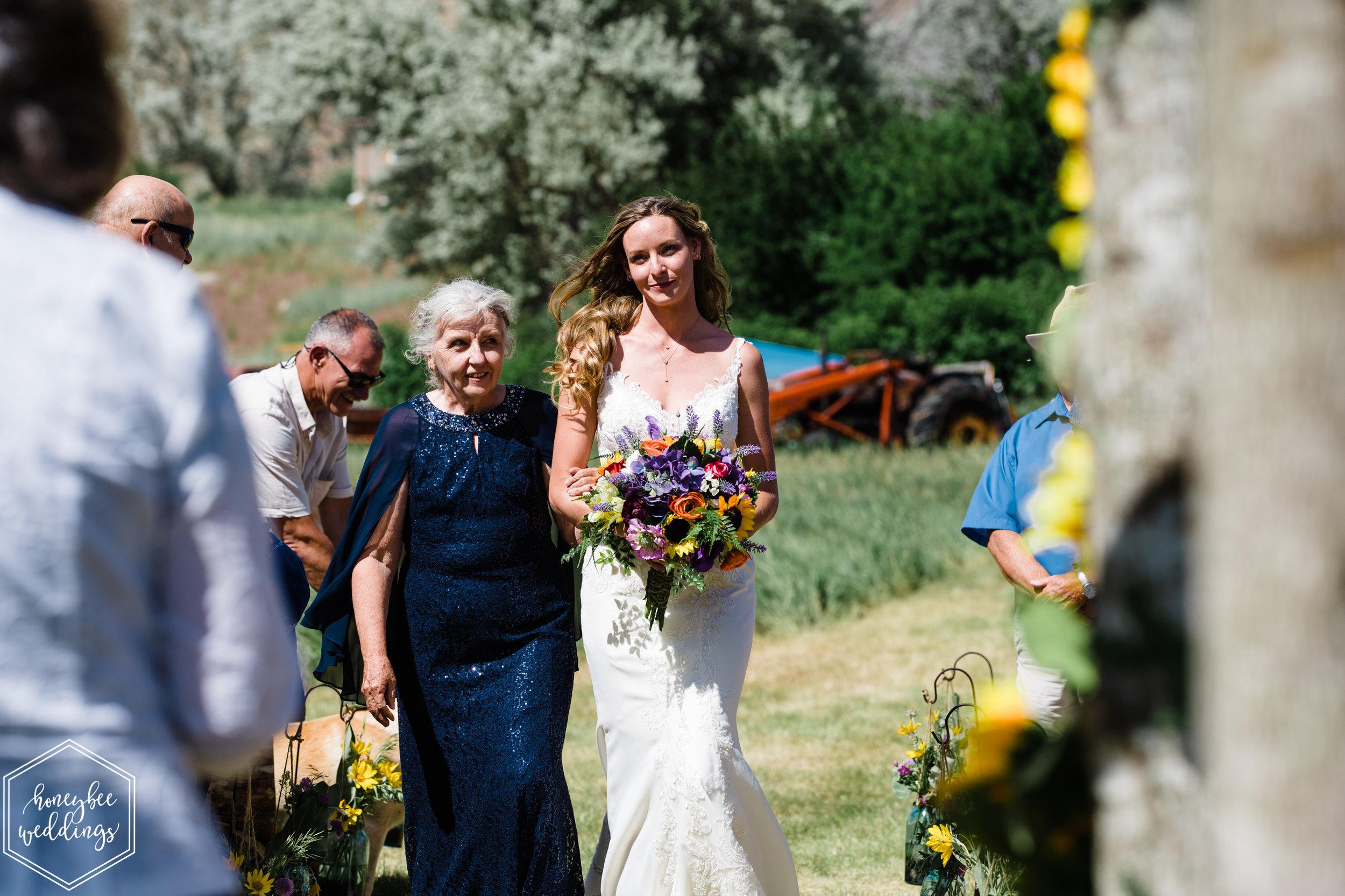 037Yellowstone National Park Wedding_Montana Wedding Photographer_Honeybee Weddings_Shannon & Jonathan_June 29, 2019-1378.jpg