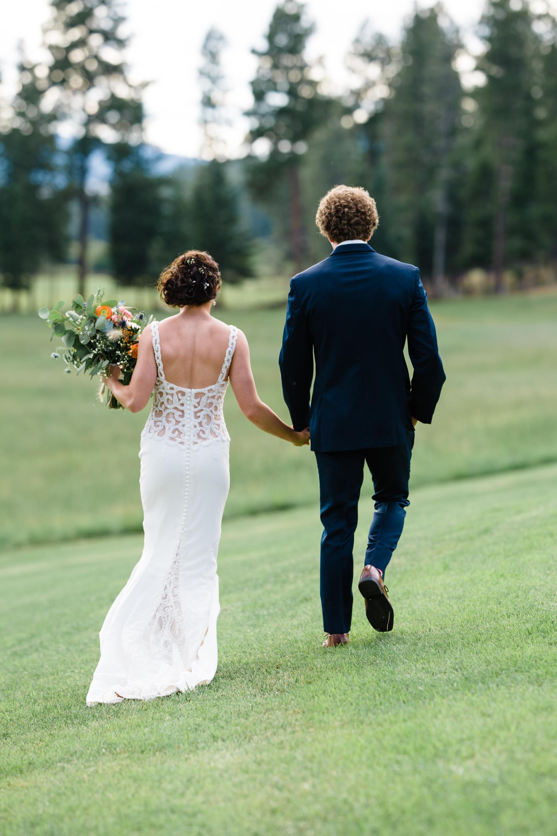 017The Barn at Finley Point Wedding_Montana Wedding Photographer_Katy & Bryce_July 20, 2019-455.jpg
