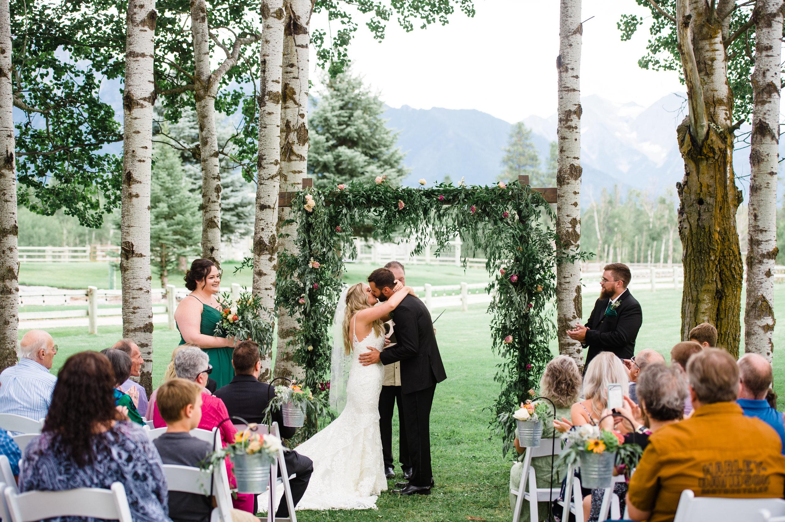 005Sky Ridge Ranch Wedding_Montana Wedding Photographer_Jessica & Brian_Honeybee Weddings_August 24, 2019-4.jpg