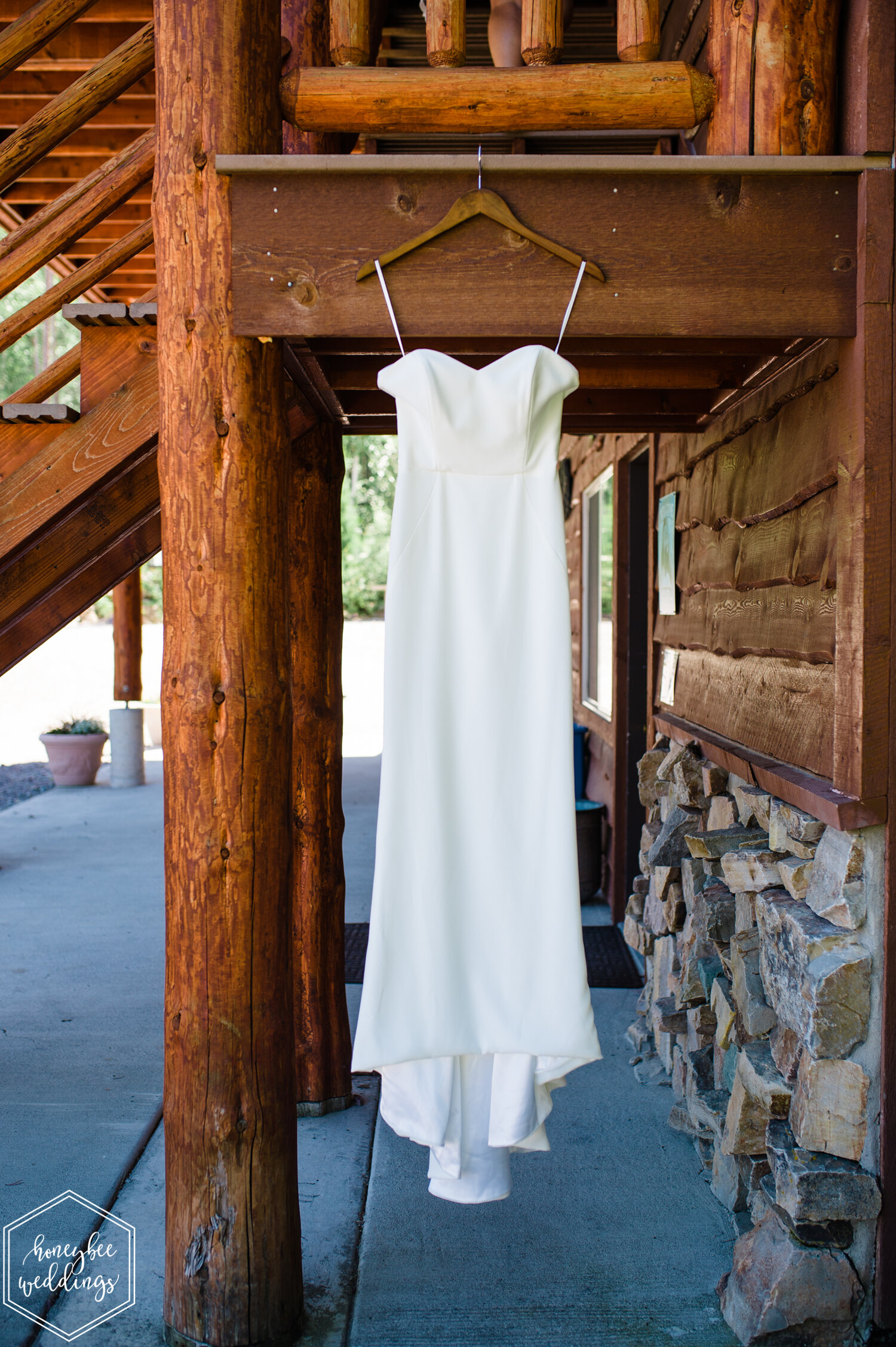 003Glacier National Park Wedding_Glacier Outdoor Center_Honeybee Weddings_Anna & Seth_July 21, 2019-1700.jpg