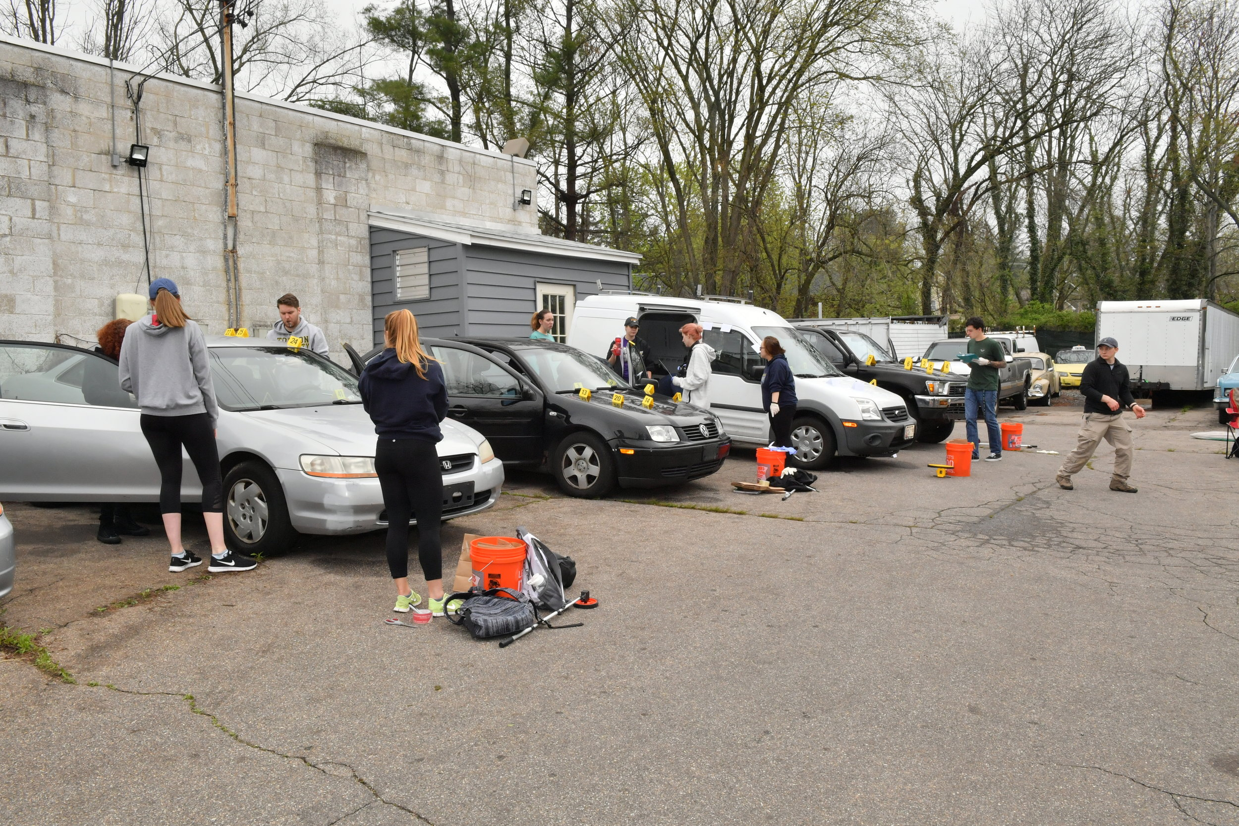 TU Crime Students Mock Crime Scene International Auto Repair Baltimore MD 21207 21244 6.JPG