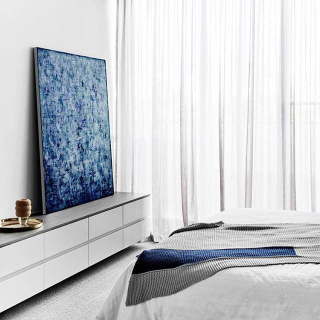 A large blue painting is always a good idea! 💙 #amandamoritzart