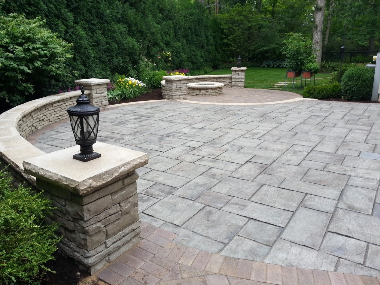 Landscape design, patio designs by Unilock contractor in Buffalo Grove, IL