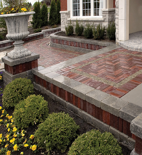Landscape contractors with top landscape design and other landscaping services in Northbrook, Buffalo Grove, IL