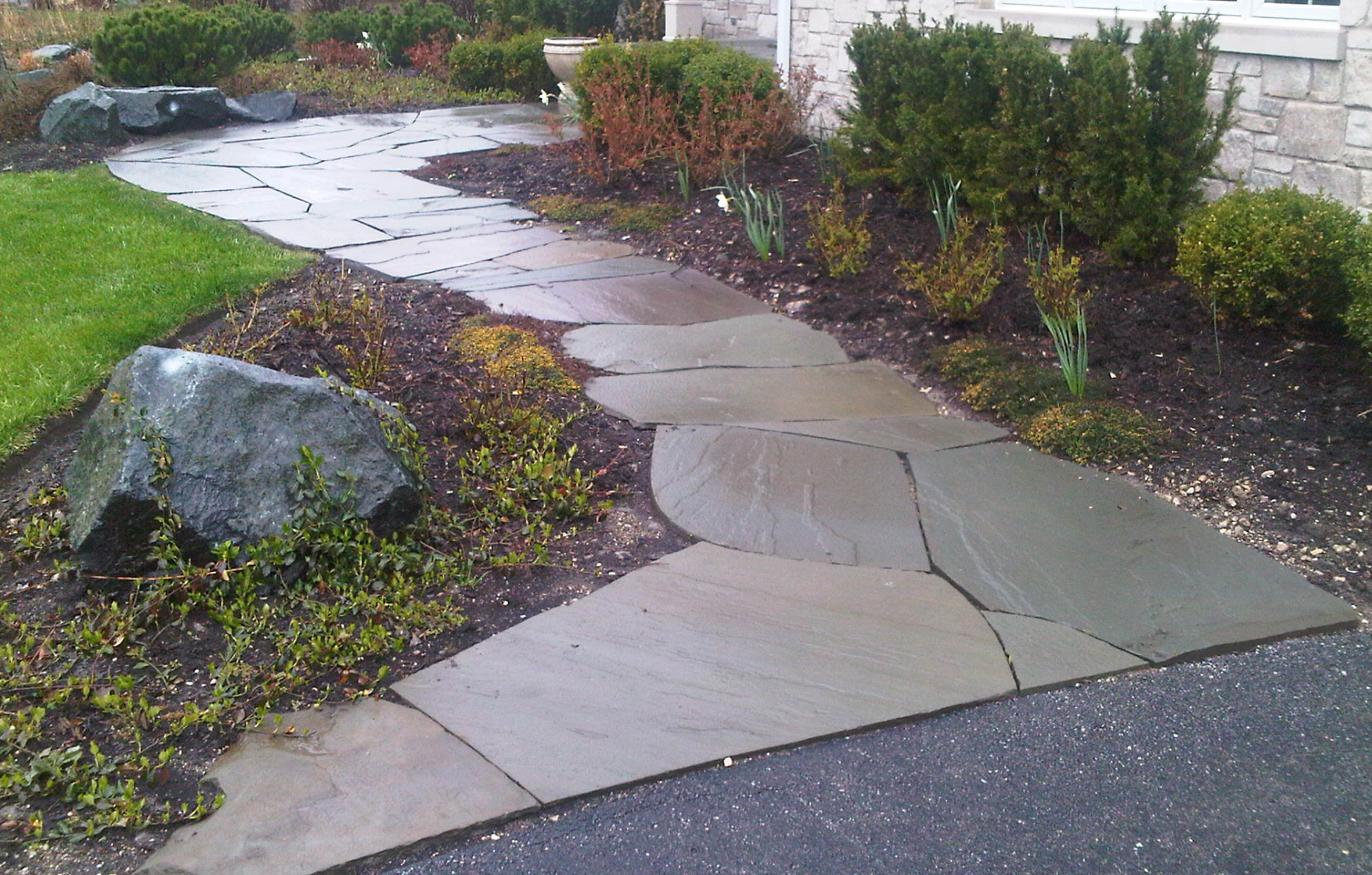 Unilock contractor landscape design and other landscaping services in Nortbrook, Glenview, Buffalo Grove, IL