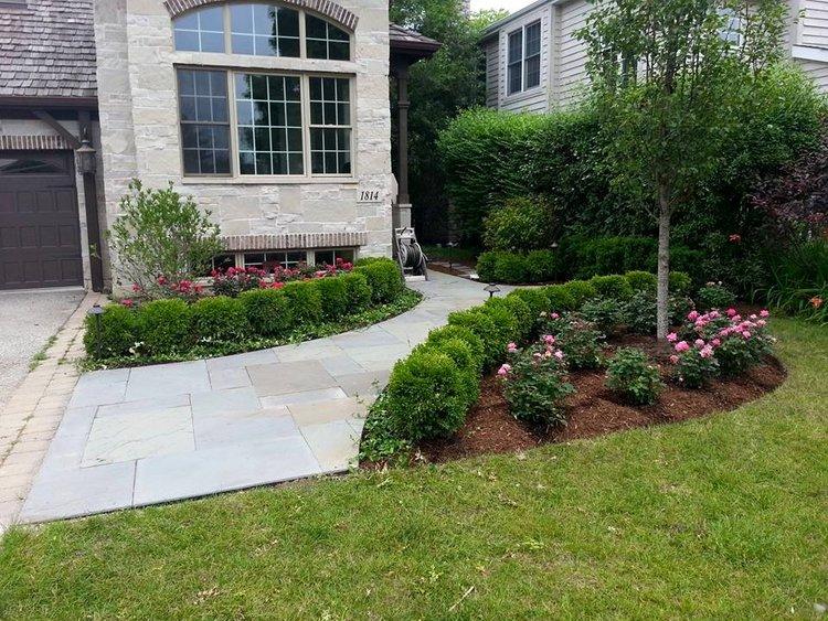Landscape design in Winnetka, Illinois and lawn service maintenance
