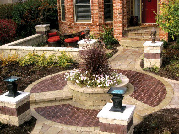 Landscape design in Buffalo Grove, IL with walkway