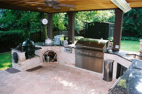 How to Create an Innovative Outdoor Kitchen in Lake Forest, IL