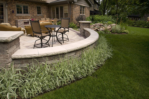The Difference Between Professional Lawn Care Service and Landscaping in Buffalo Grove, IL