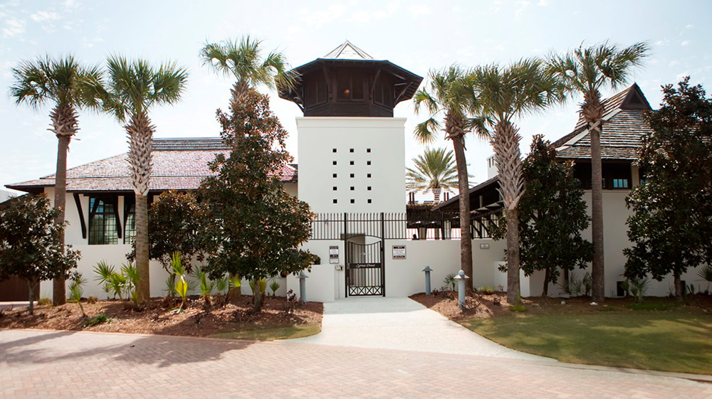The Amenity Center from the outside. Photo courtesy of  cypressdunes.com .