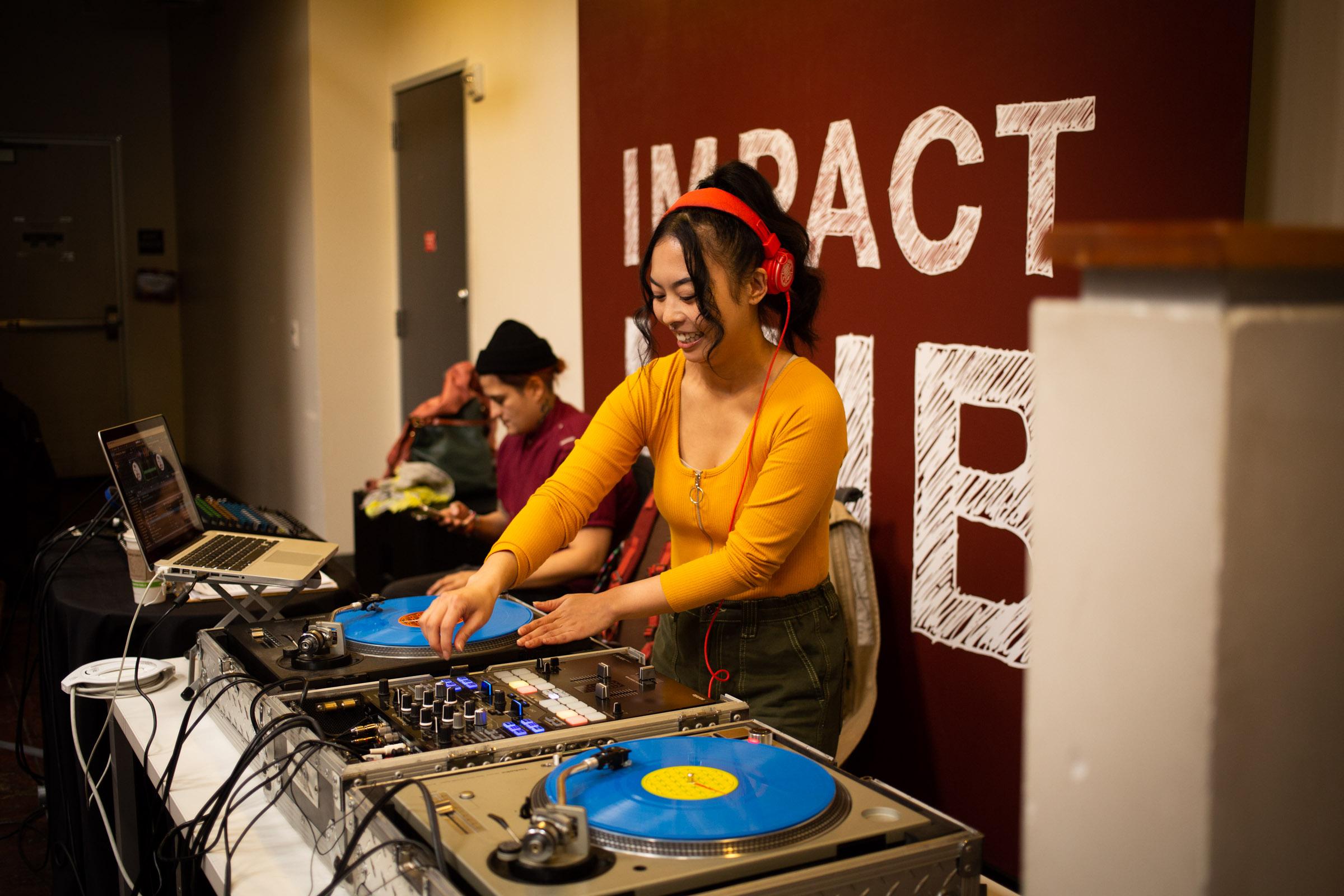 Natasha DJ Style Free. Photo by Tumay Aslay