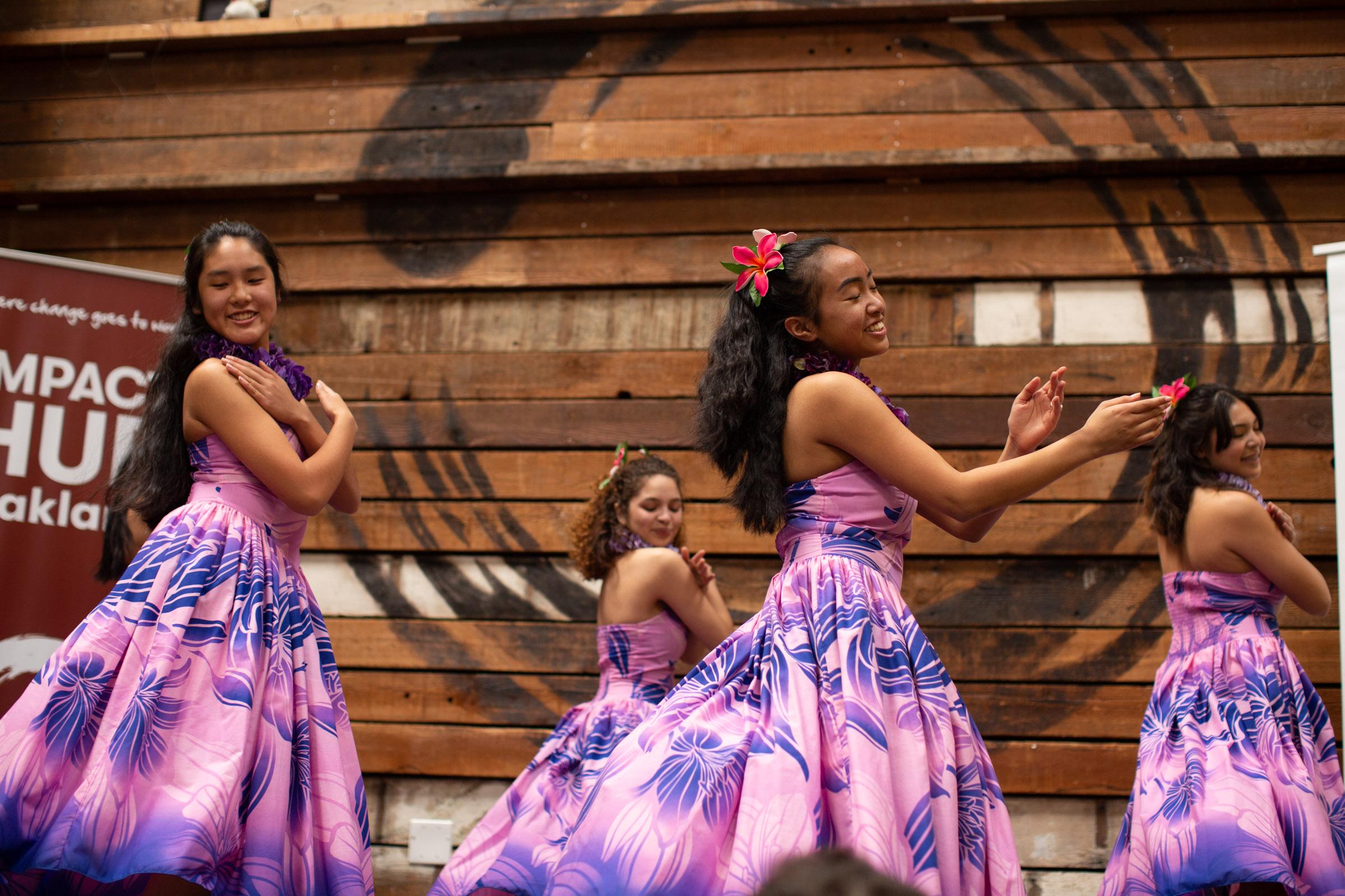 Tahitian dance team. Photo by Tumay Aslay.