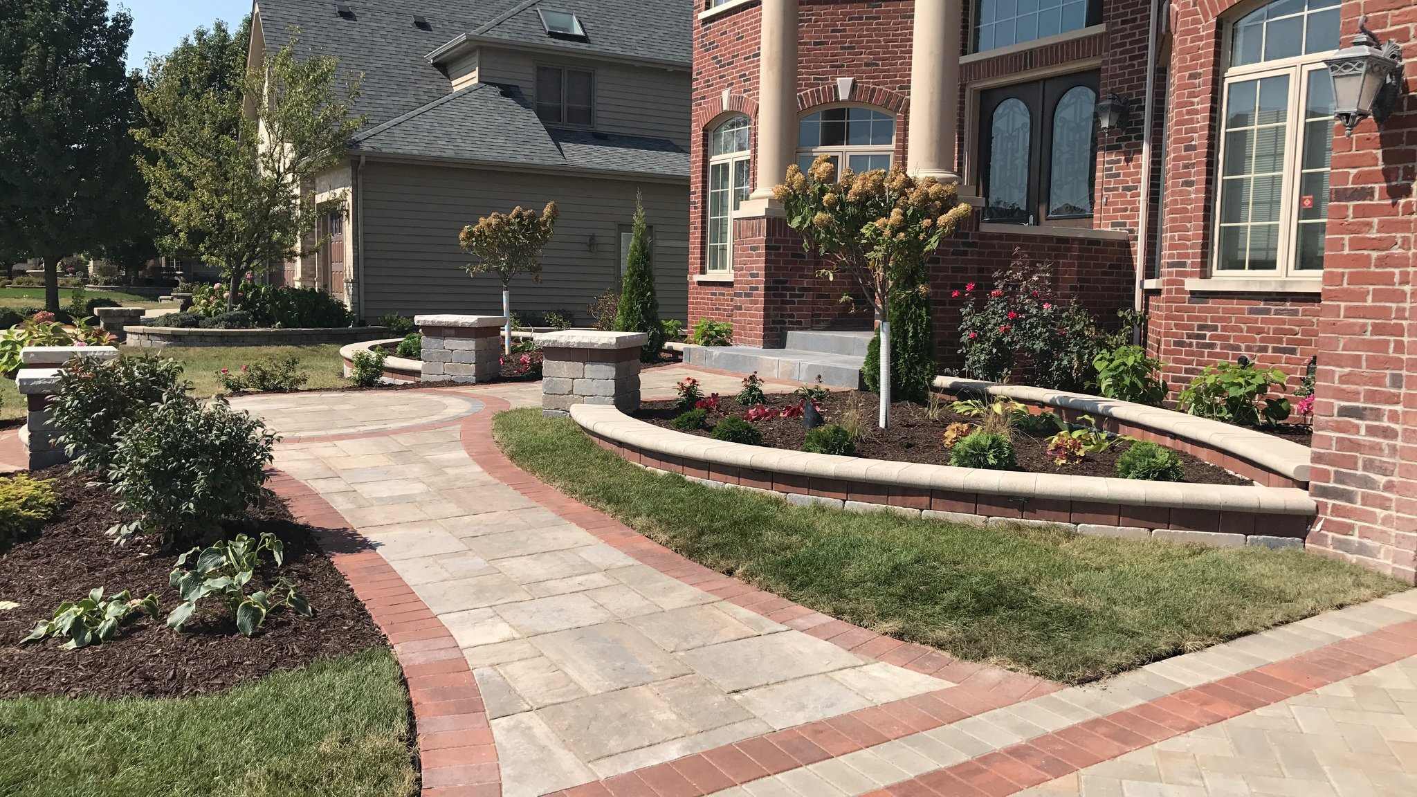Beautiful brick paving walkway in Elmhurst, IL
