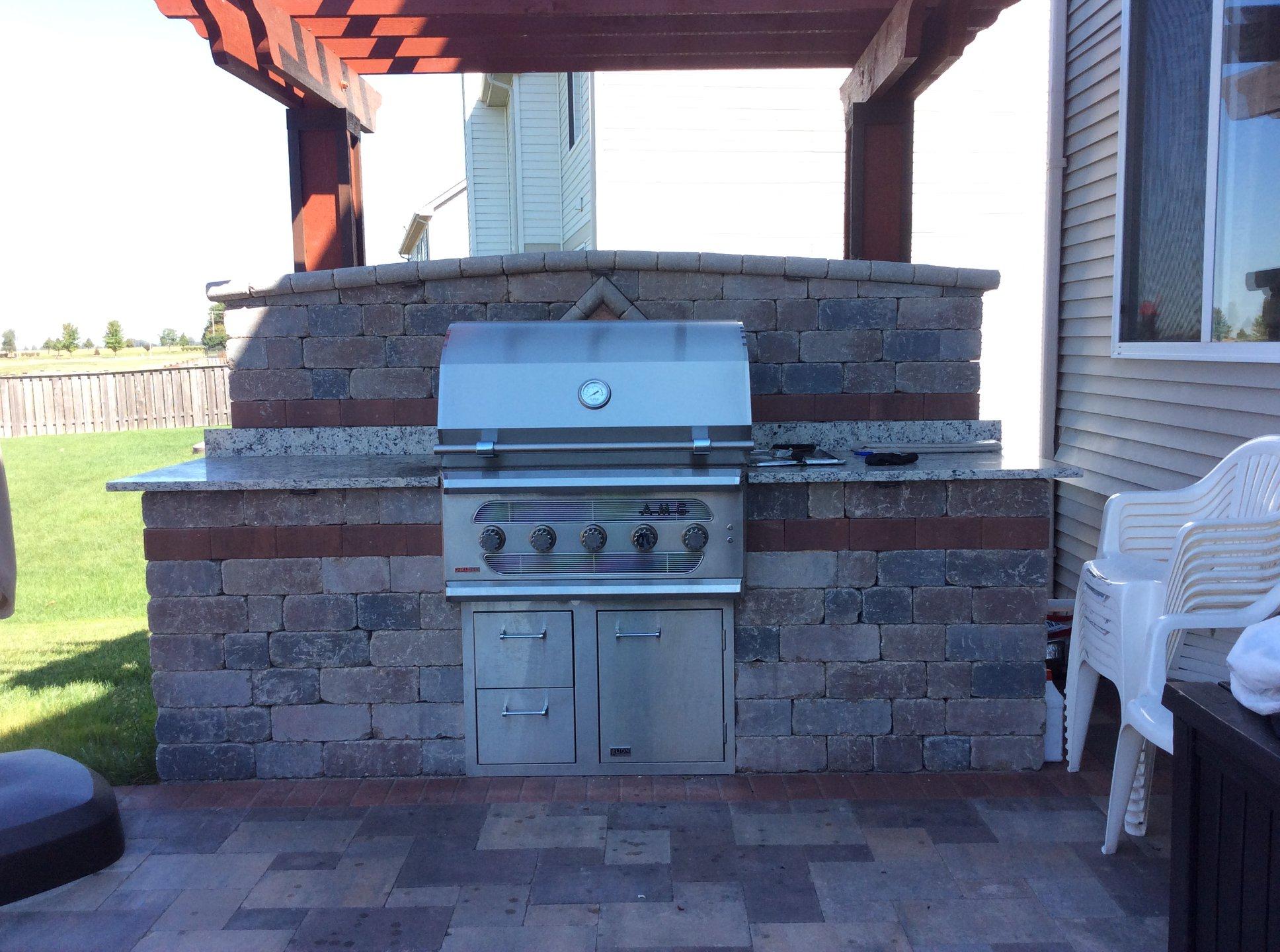 Brick paving outdoor kitchen in Sugar Grove, IL