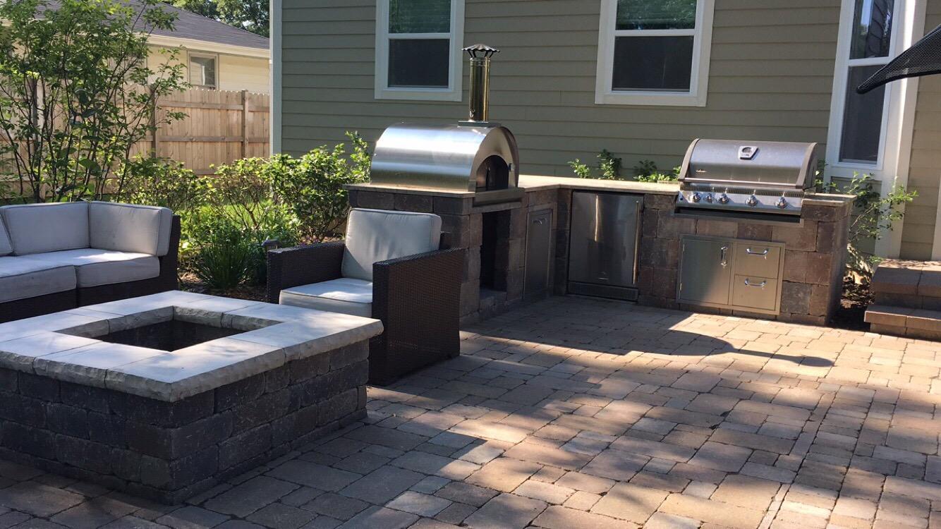 Outdoor kitchen in Sugar Grove, IL