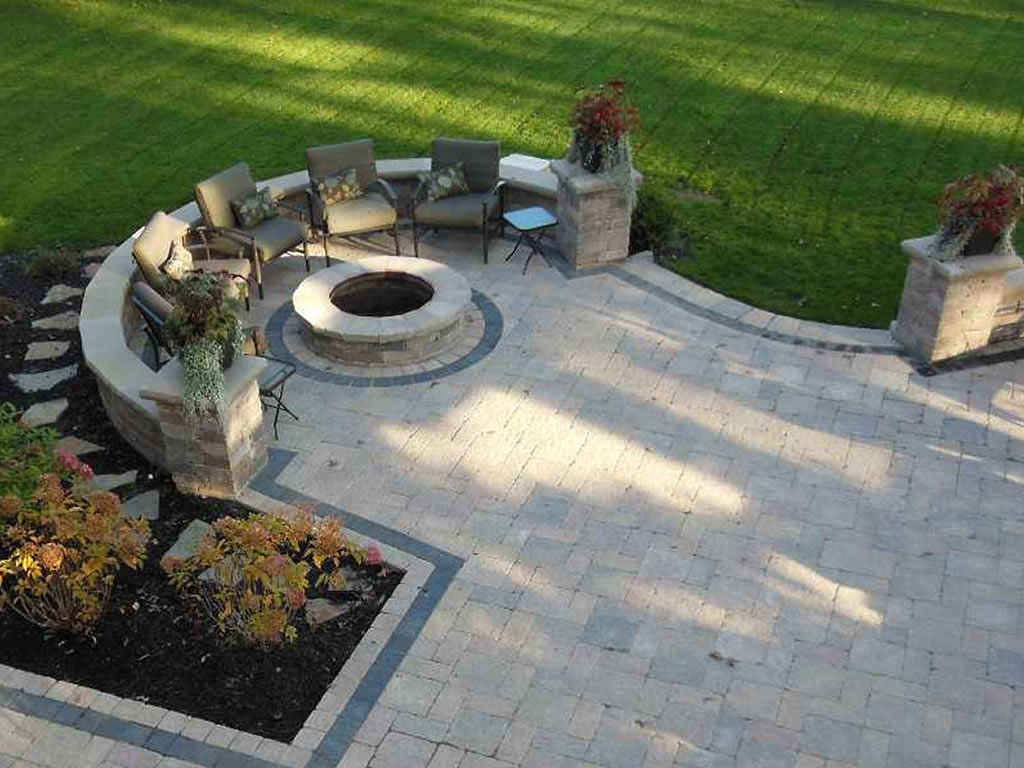 Outdoor living in Oak Brook, IL