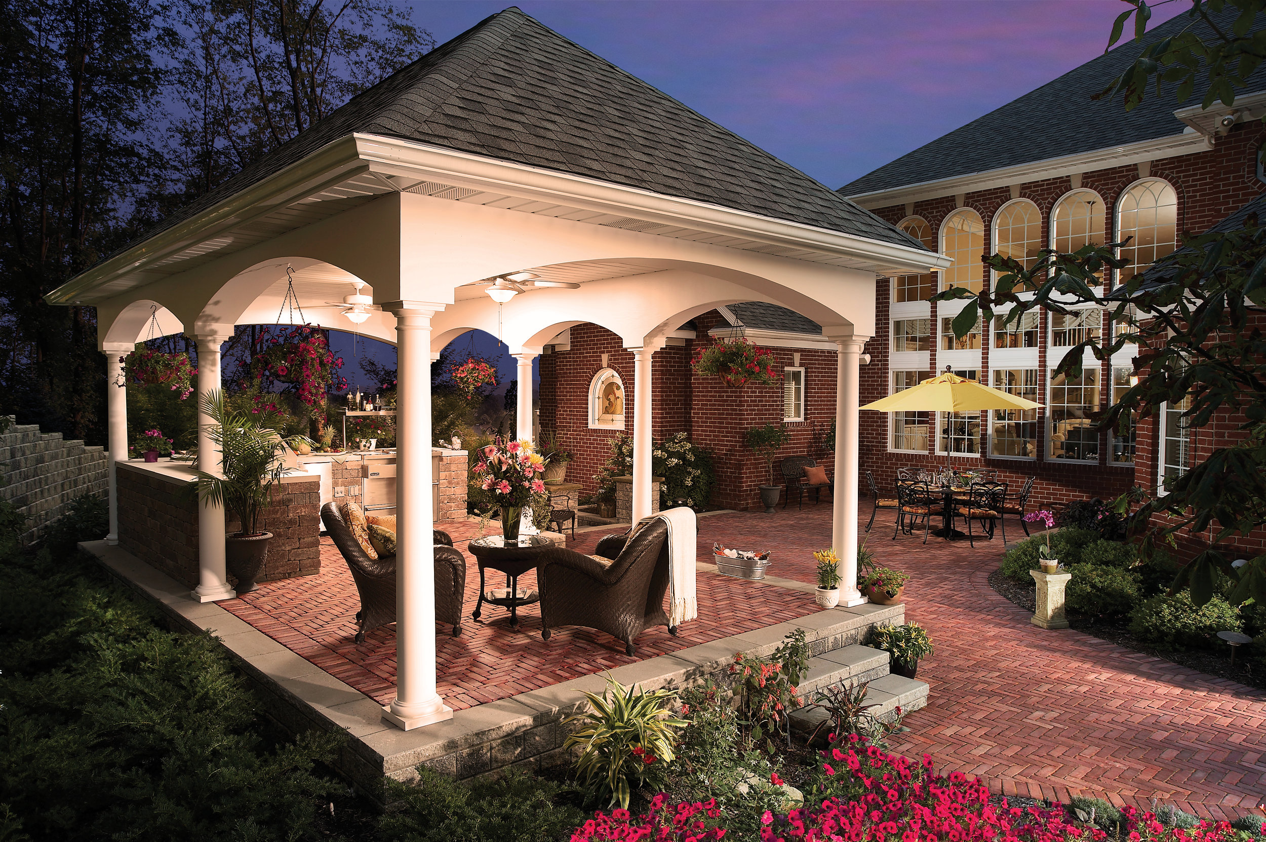 5 Landscaping Ideas for Creating a Relaxing Backyard Getaway in Elmhurst, IL