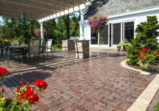 9 Brick Patio Design Ideas in Naperville, IL