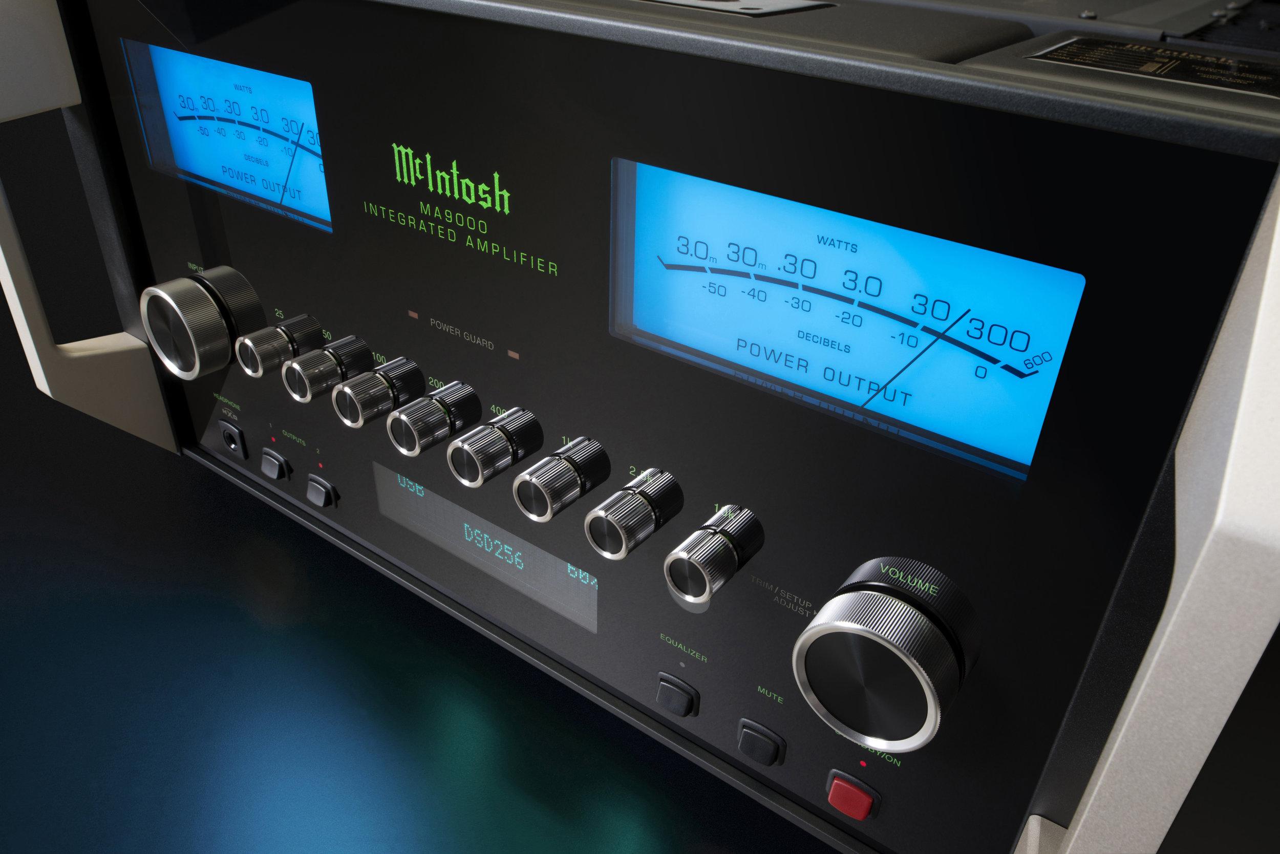 Electronics    Marantz    McIntosh    NAD    Rega    Rotel