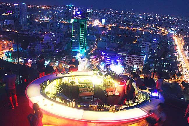 Happy Hour Sky bar in Ho Chi Minh City