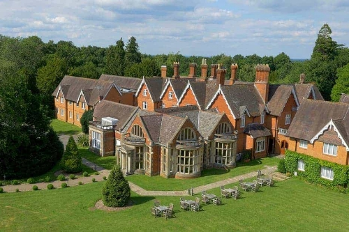 Chauffeur to Audleys Wood Hotel Basingstoke