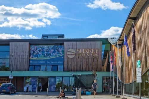 Guildford Executive Car Service to Surrey Sports Park