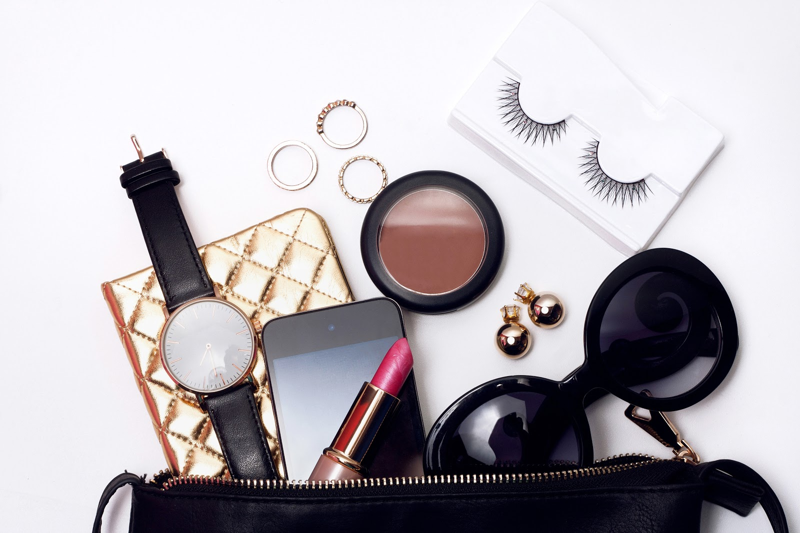 purse essentials.jpeg