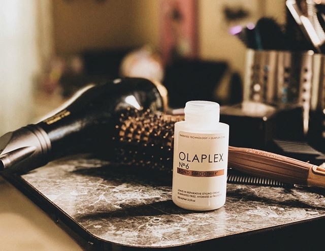 Could your hair use a little TLC? Because same! One of our favorite products to use is Olaplex No.6 Bond Smoother 🙌🏼 Hydrating, smoothing + speeds up blow dry time!⁠ ⁠ Ask your stylist for more details during your next appt!⁠ .⁠ ⁠ .⁠ .⁠ .⁠ #manestudio #modernsalon #olaplex #bondbuilder ⁠ #btcpics #behindthechair #salonlife #hairtrends #trendyhair #beautifulhair #hairoftheday #hairofinstagram #instahair #americansalon #hairstylist #hairinspo #hairgoals #hairstyles #hotonbeauty #imallaboutdahair #hairideas #beautylaunchpad #wilmingtonnc #manestudiowilmington #localsalon #wrightsvillebeach #wilmington #sunsetbeachnc #whatsupwilmington