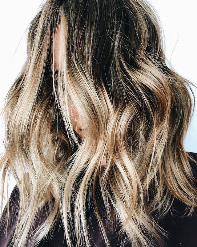 Hair that slays starts at the salon 🙌🏼💁🏼‍♀️ If it's time for a style change up, book an appt with Rachel by clicking the link in our profile!⁠ ⁠ Hair By: @rachelcapone_⁠ .⁠ .⁠ .⁠ .⁠ #manestudio #modernsalon #btcpics #behindthechair #salonlife #hairtrends #trendyhair #beautifulhair #hairoftheday #hairofinstagram #instahair #americansalon #hairstylist #hairinspo #hairgoals #hairstyles #hotonbeauty #imallaboutdahair #hairideas #beautylaunchpad #wilmingtonnc #manestudiowilmington #localsalon #wrightsvillebeach #wilmington #sunsetbeachnc #whatsupwilmington #northcarolina #liveauthentic #shoplocal