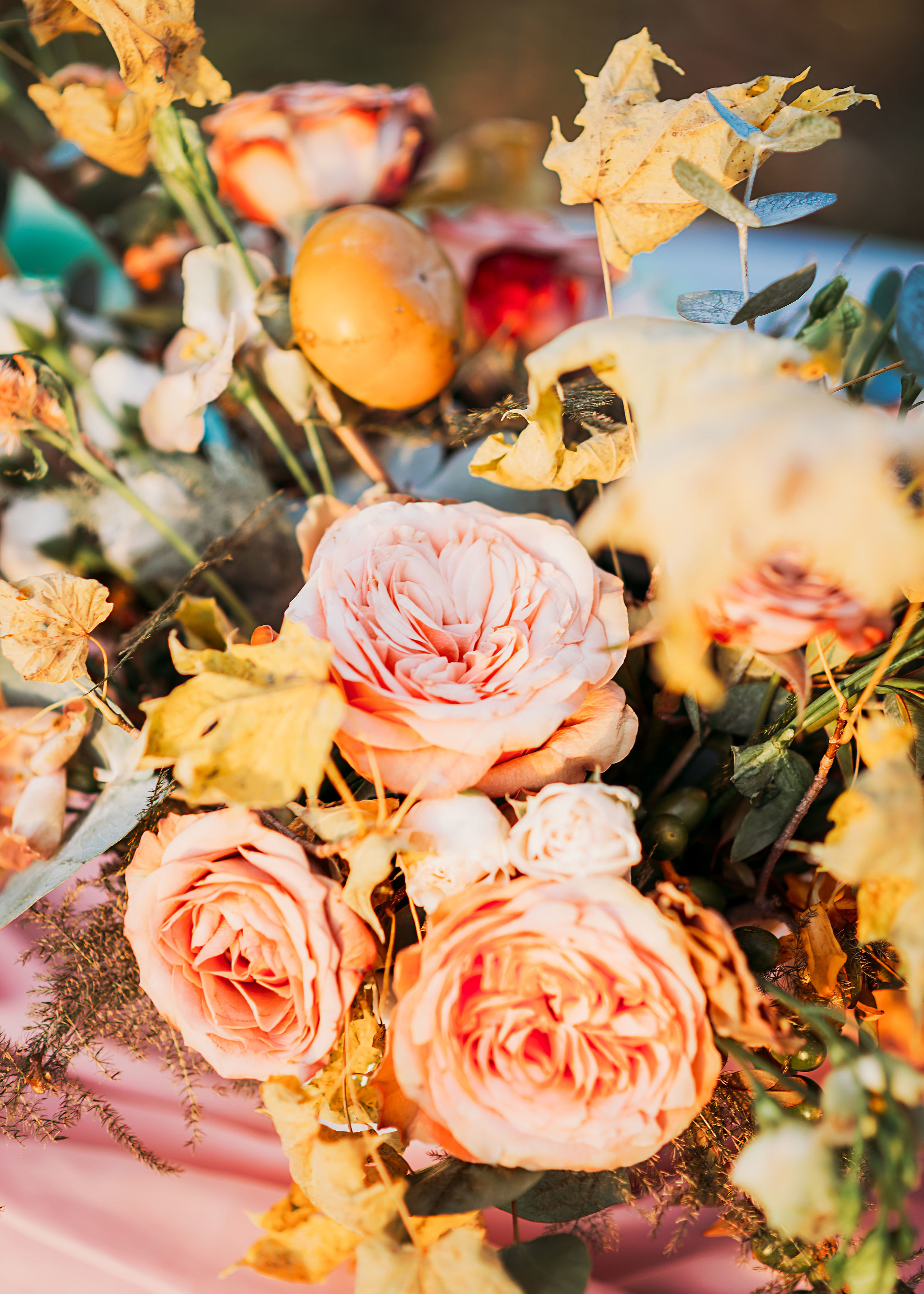 blush and mustard fall wedding flowers