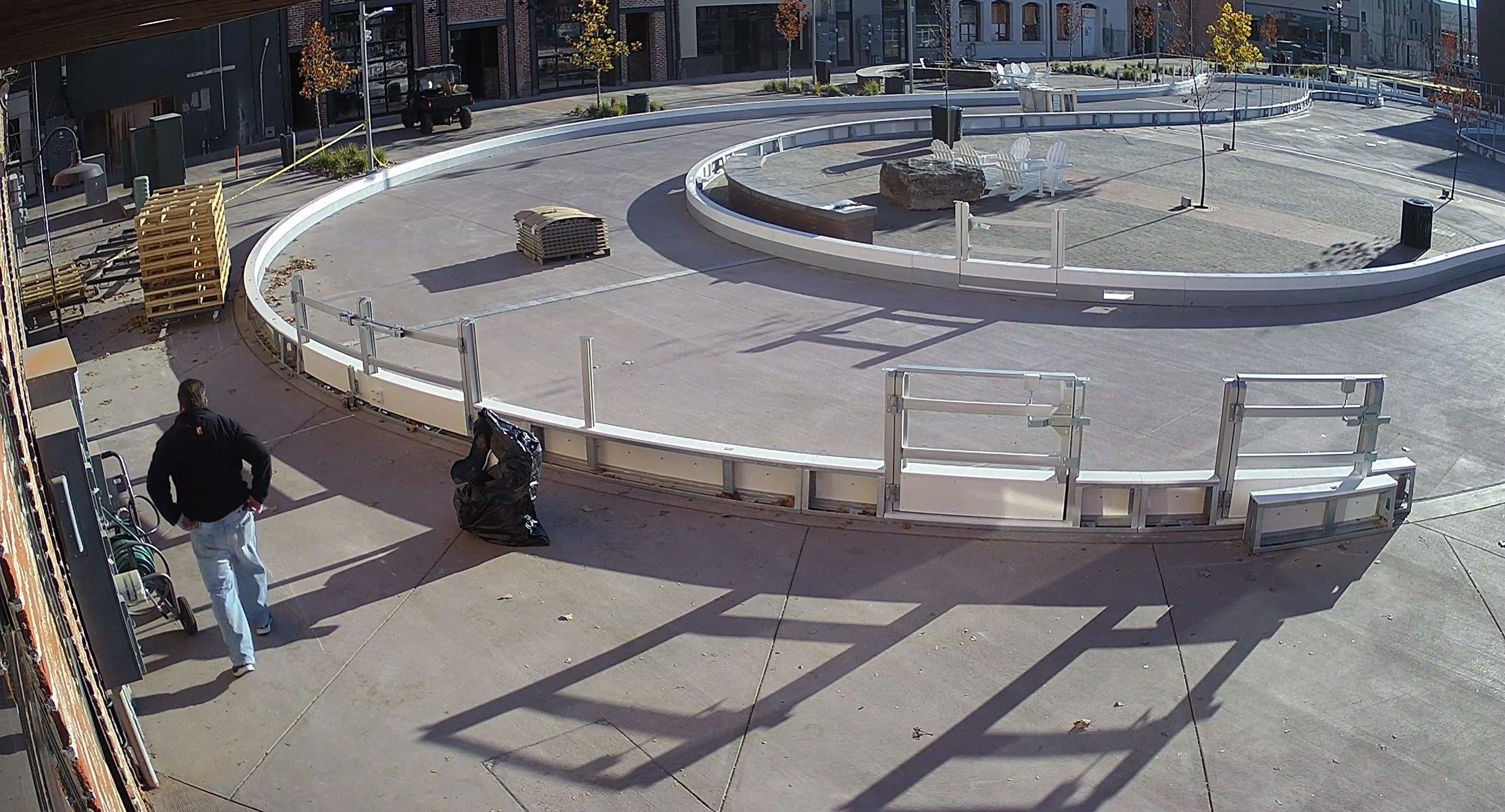 Plaza camera_IP Camera22_Plaza camera_20181030100818_4434156.jpg