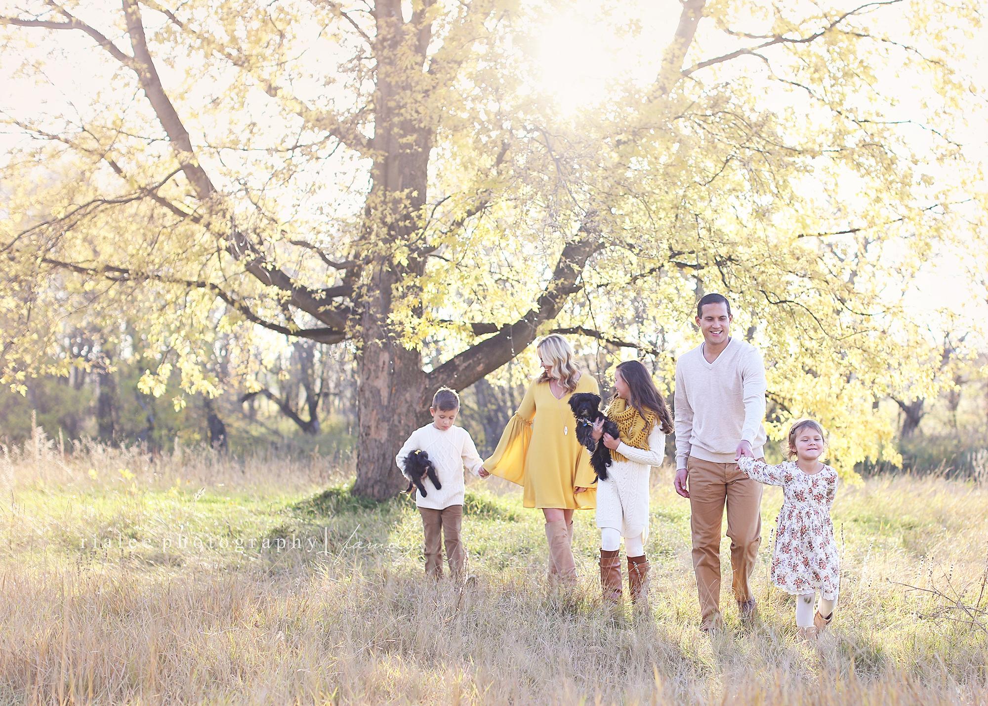 lifestylefamilyphotosfargo.jpg