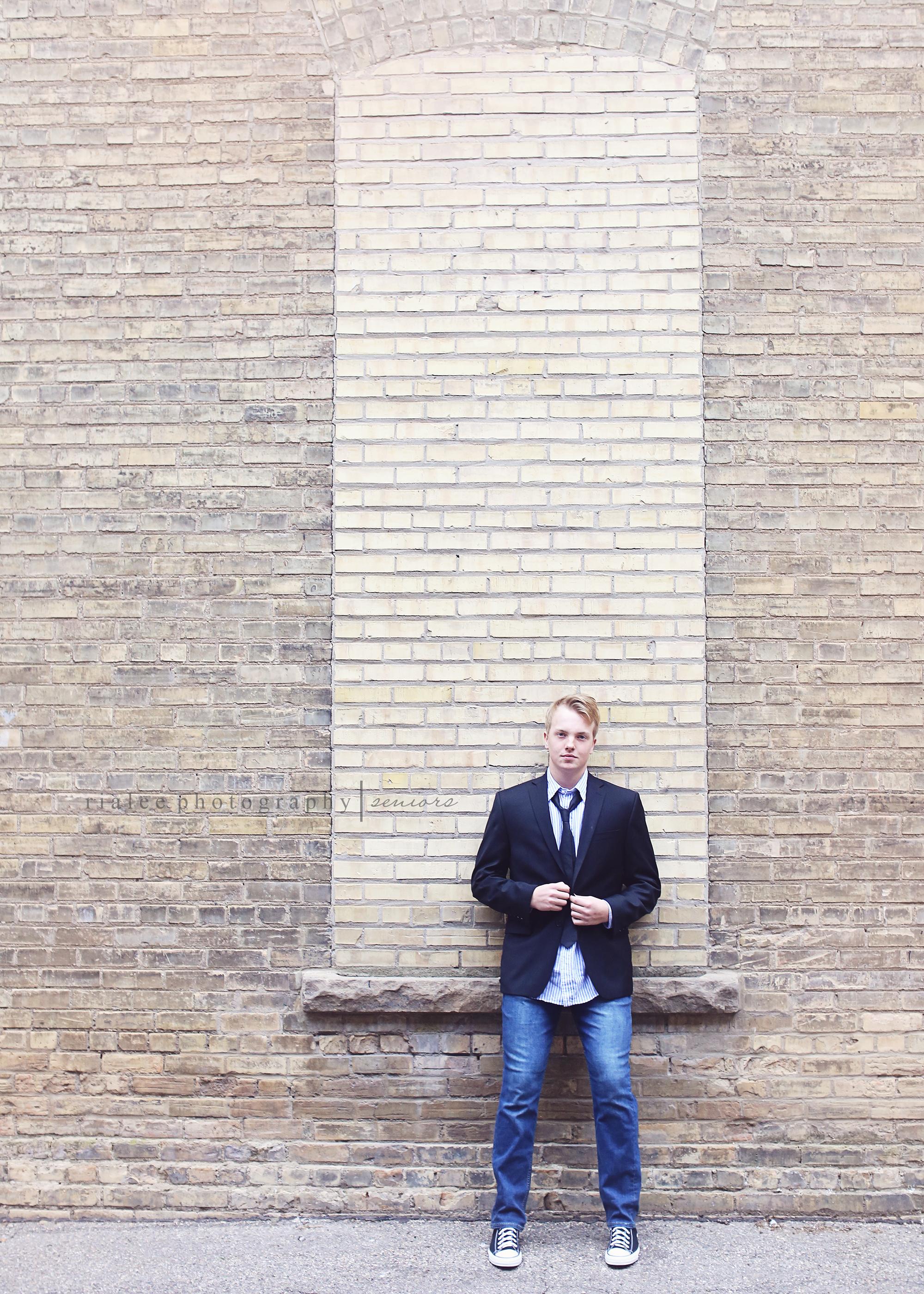 artsyseniorphotographersfargo.jpg