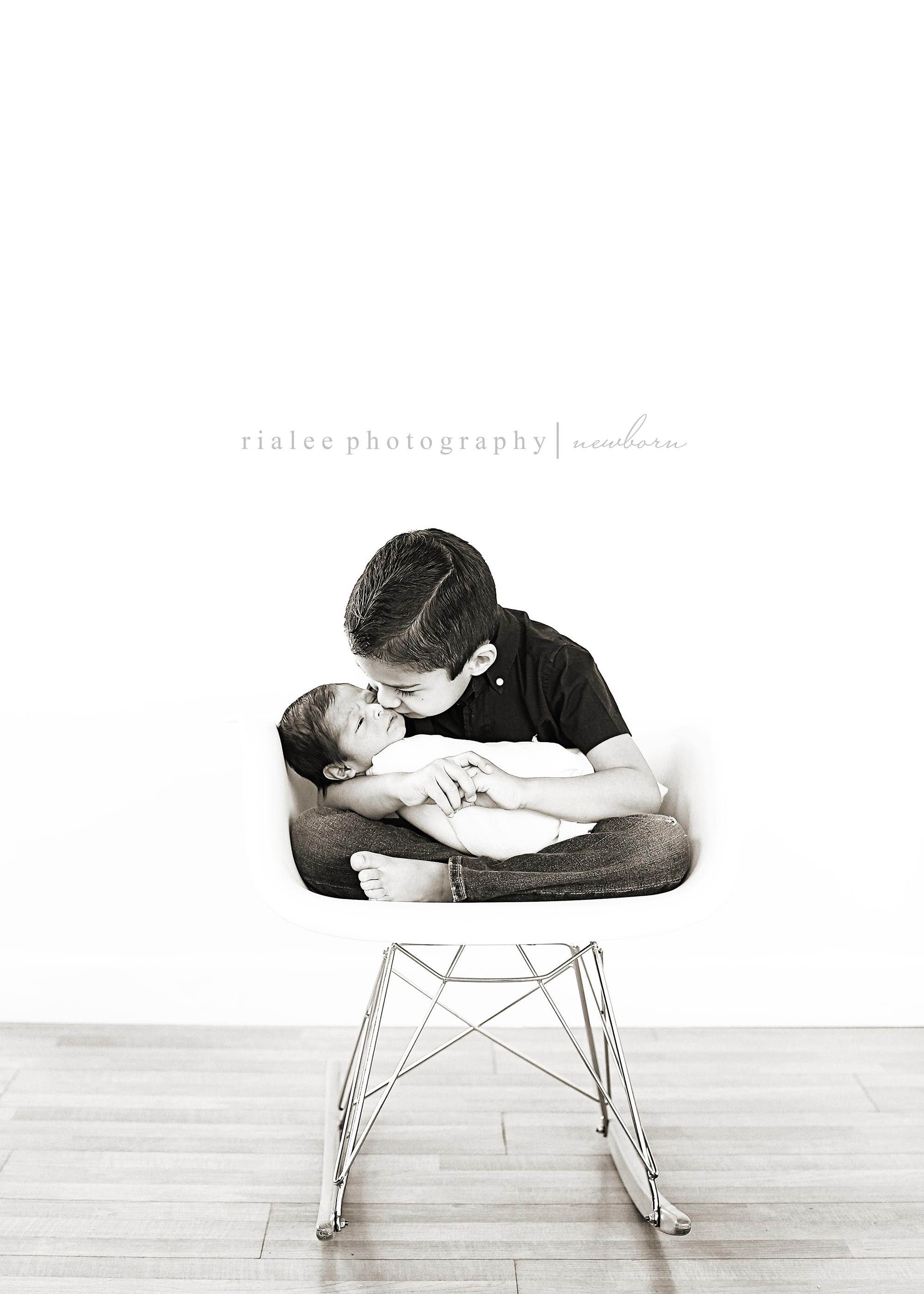 newbornwithsiblings.jpg